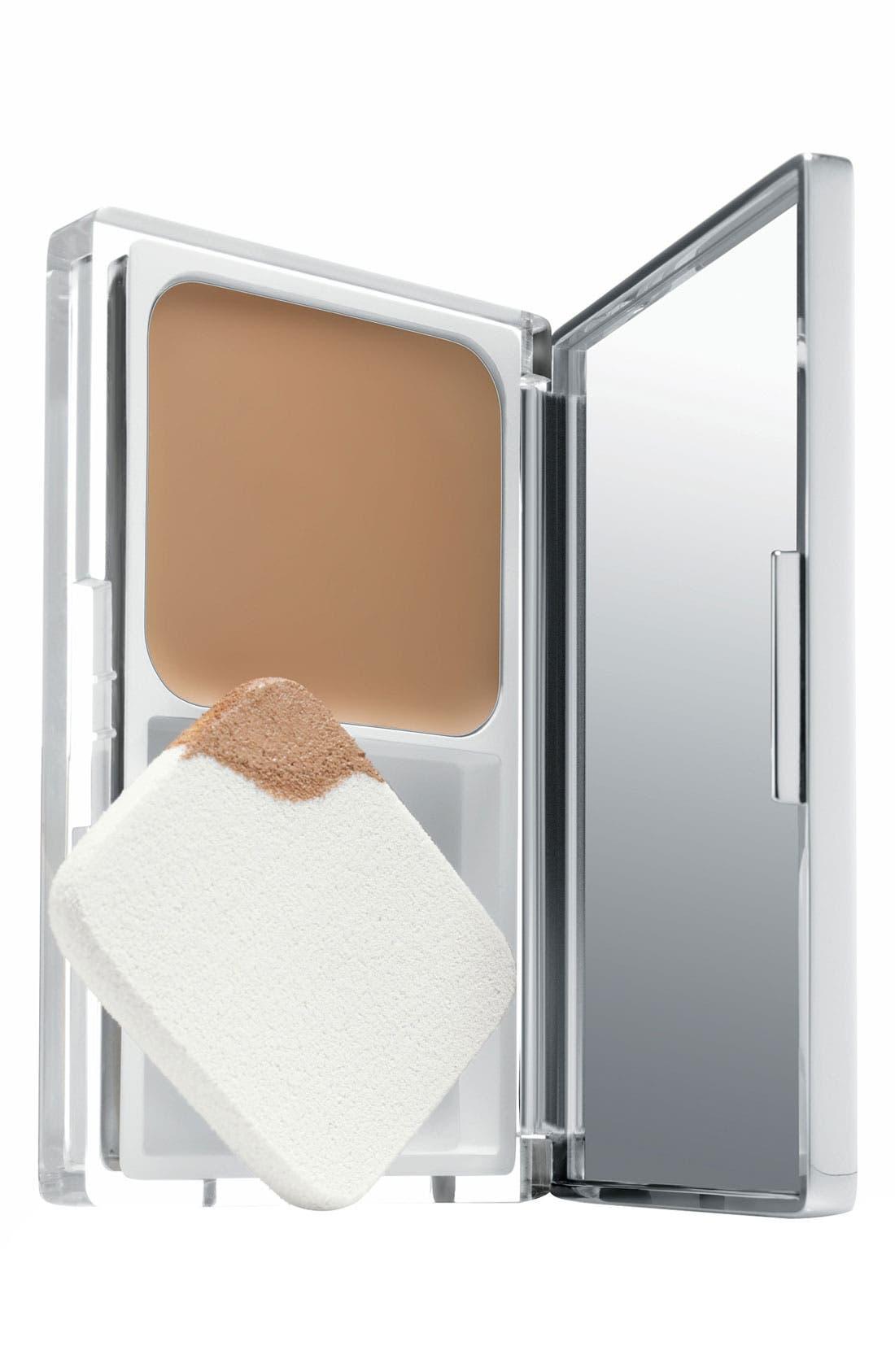 Even Better Compact Makeup Broad Spectrum SPF 15,                         Main,                         color, CLOVE