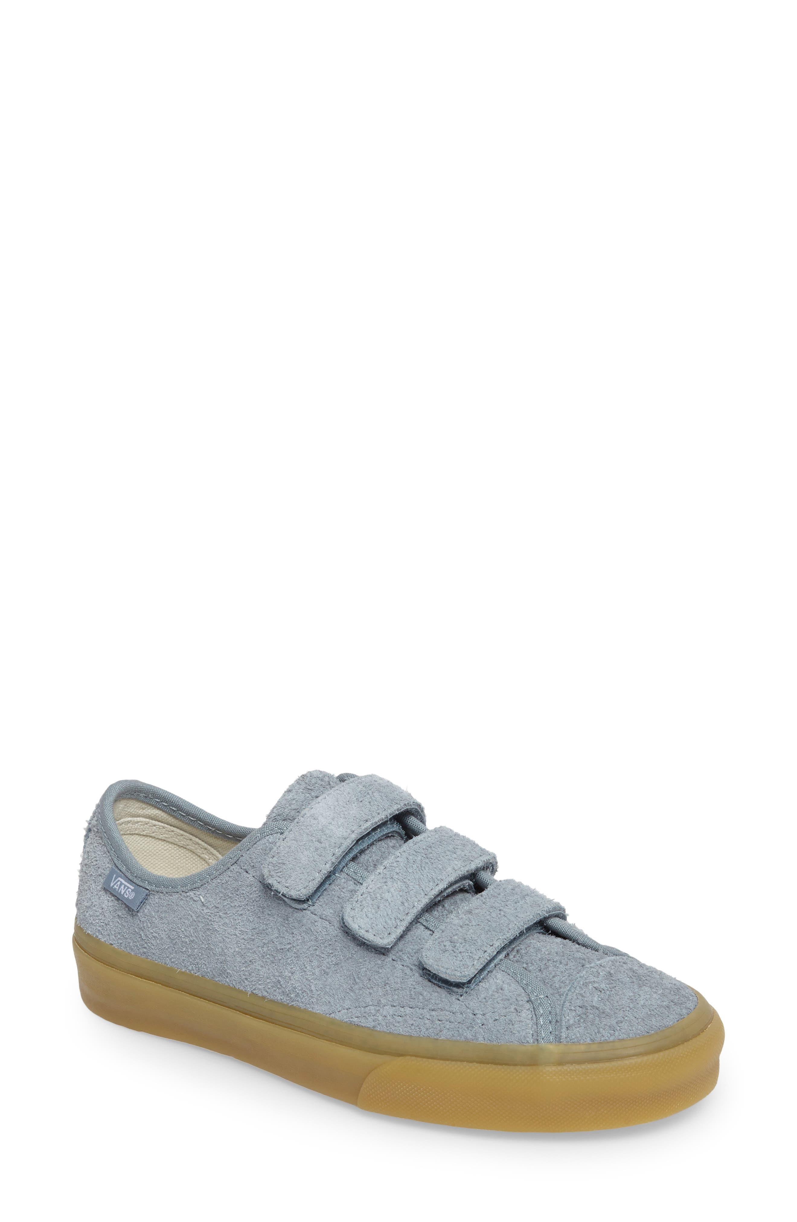 Style 23 V Sneaker,                             Main thumbnail 8, color,