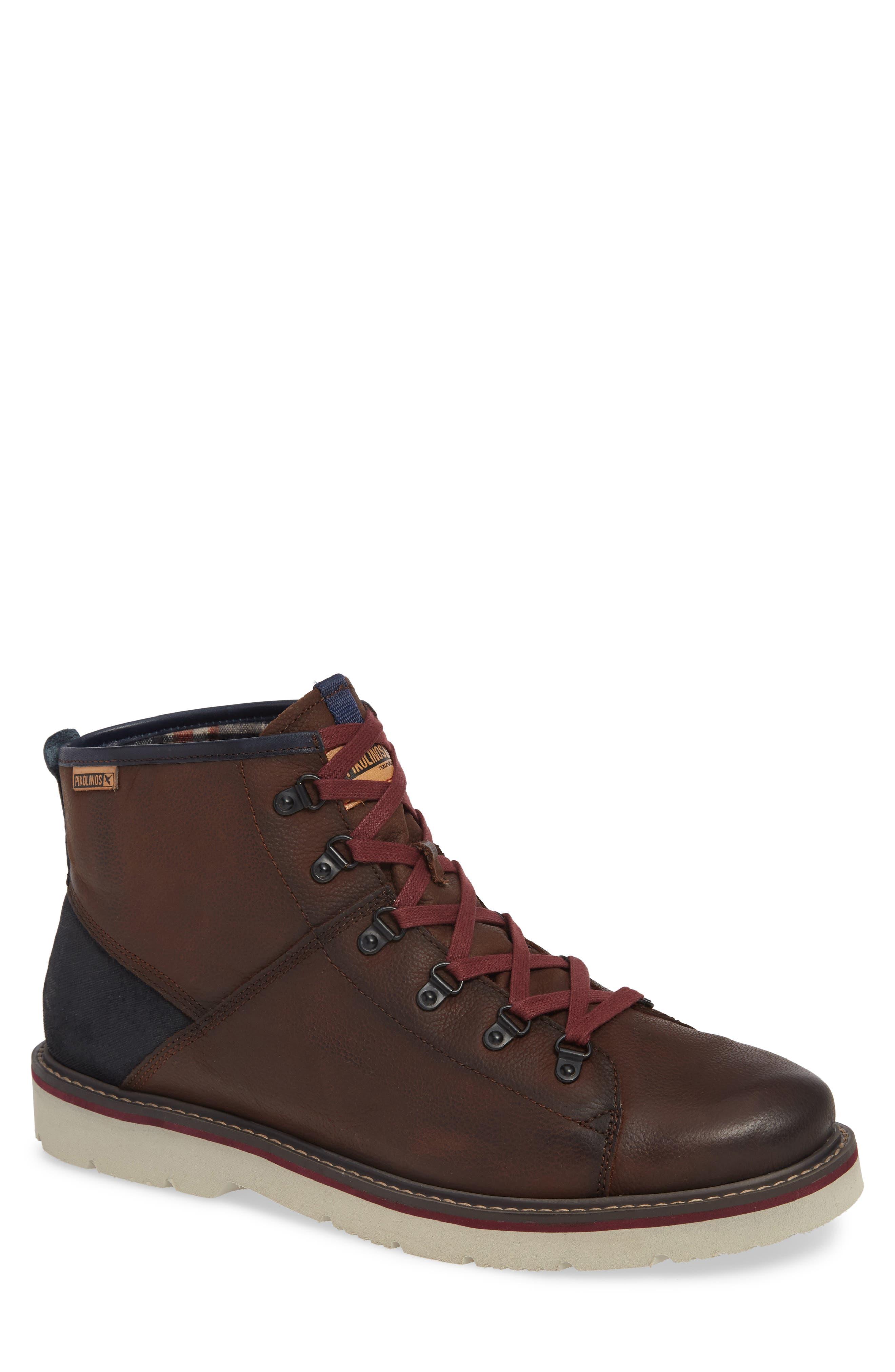 LLeida Plain Toe Boot,                         Main,                         color, 617