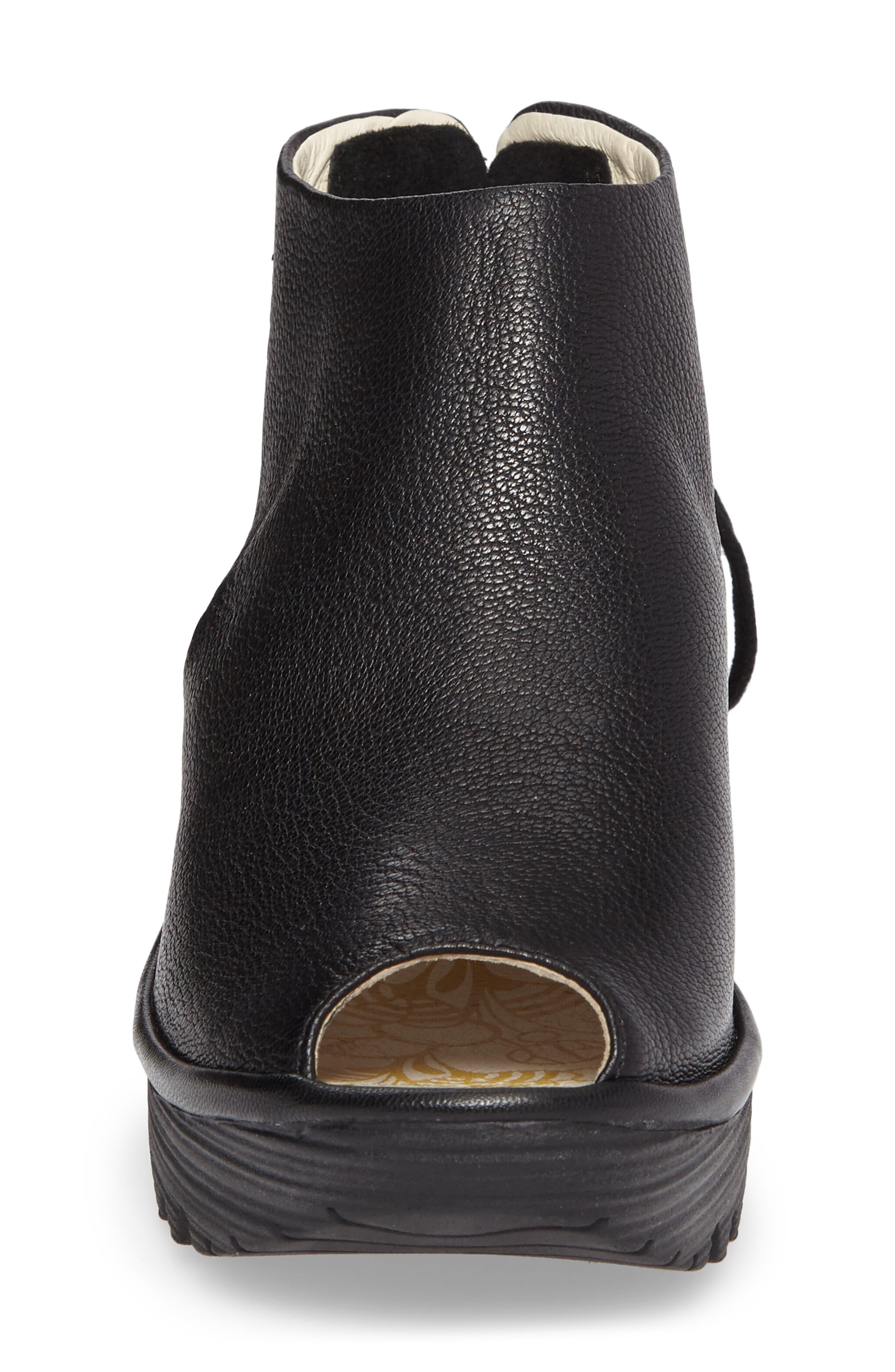 Yuzu Wedge Sandal,                             Alternate thumbnail 4, color,
