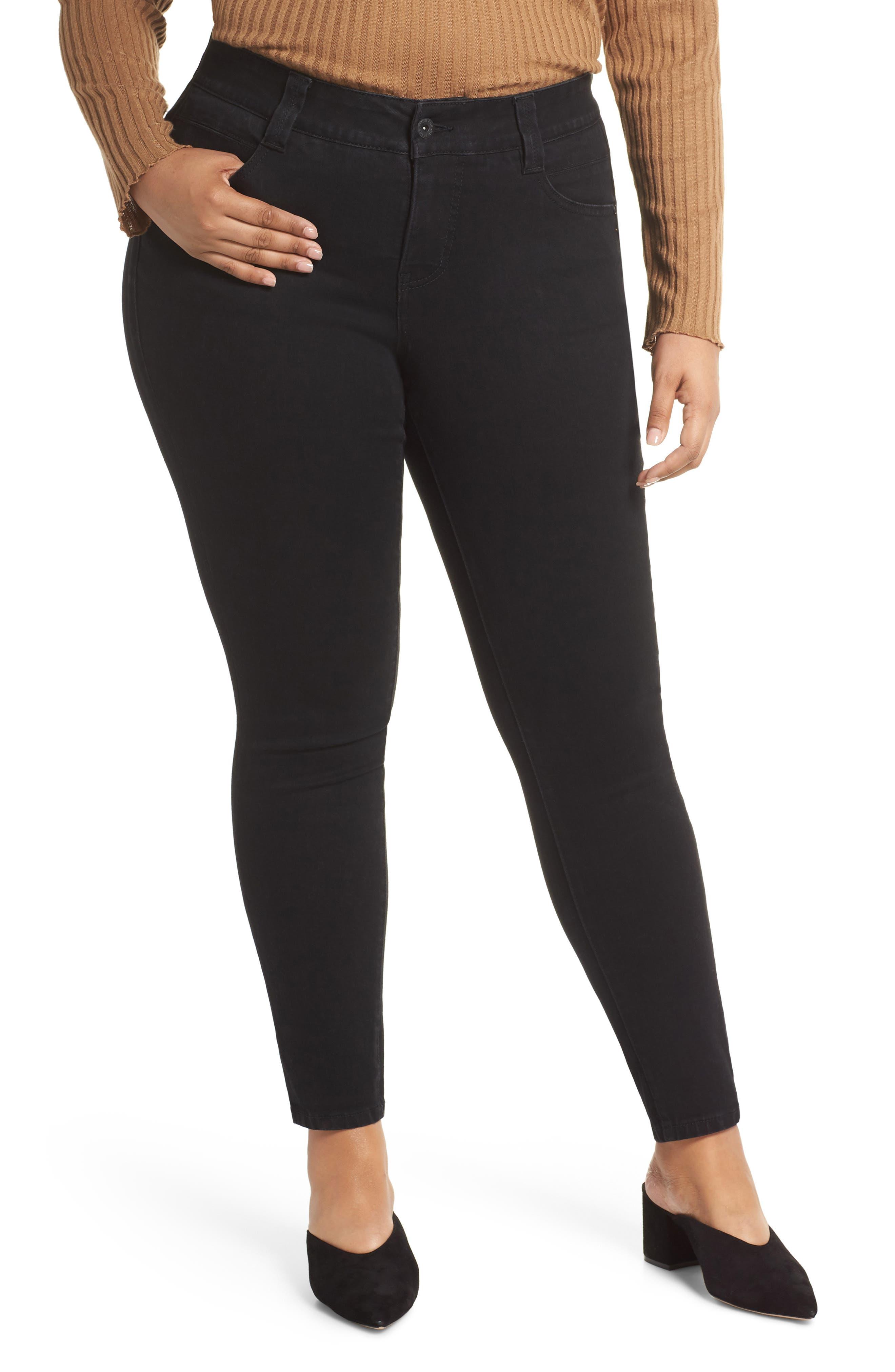 Cecilia Stretch Skinny Jeans in Black