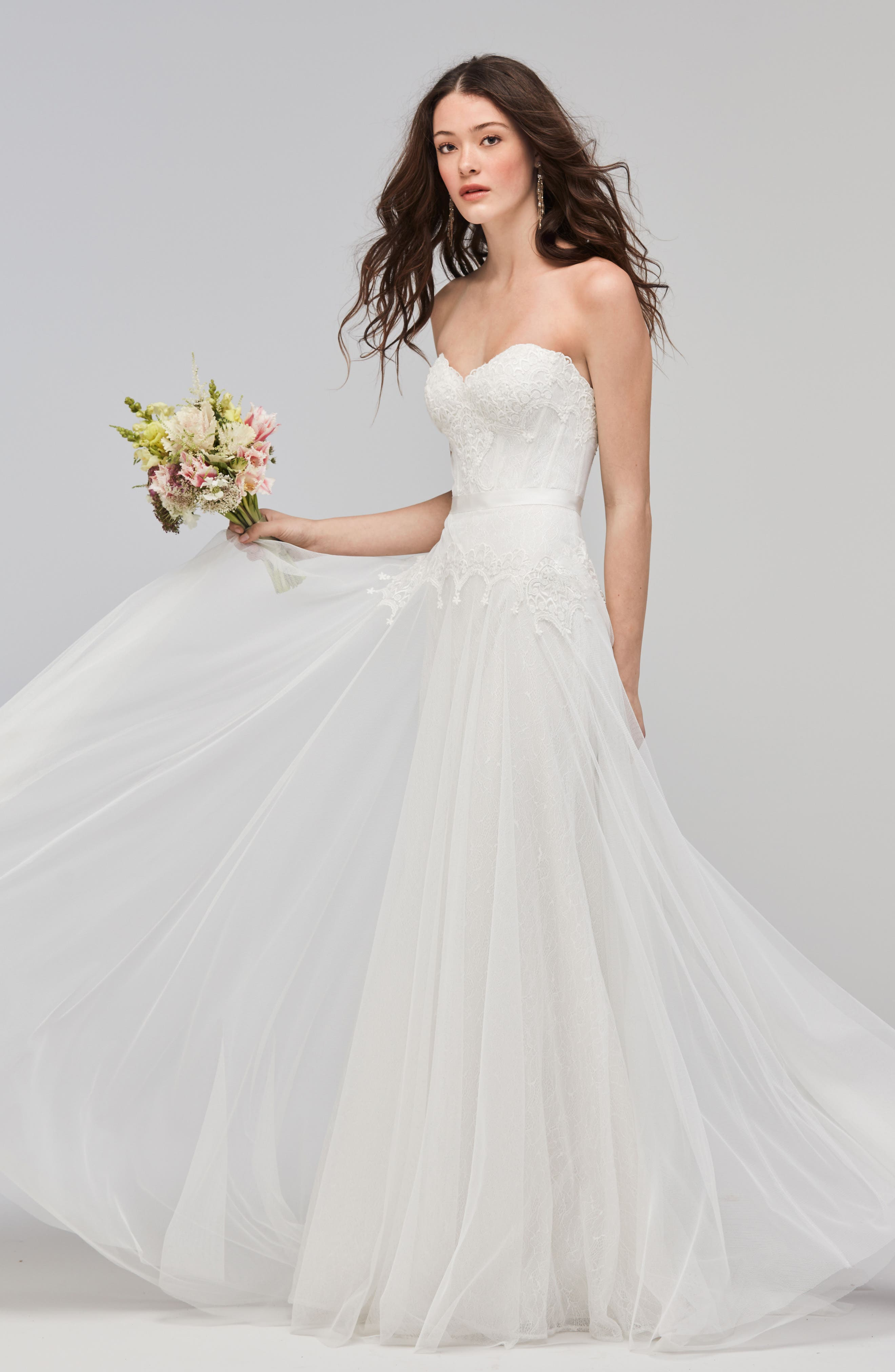 Lupine Strapless Chantilly Lace & Net Gown,                             Alternate thumbnail 4, color,                             IVORY/OYSTER