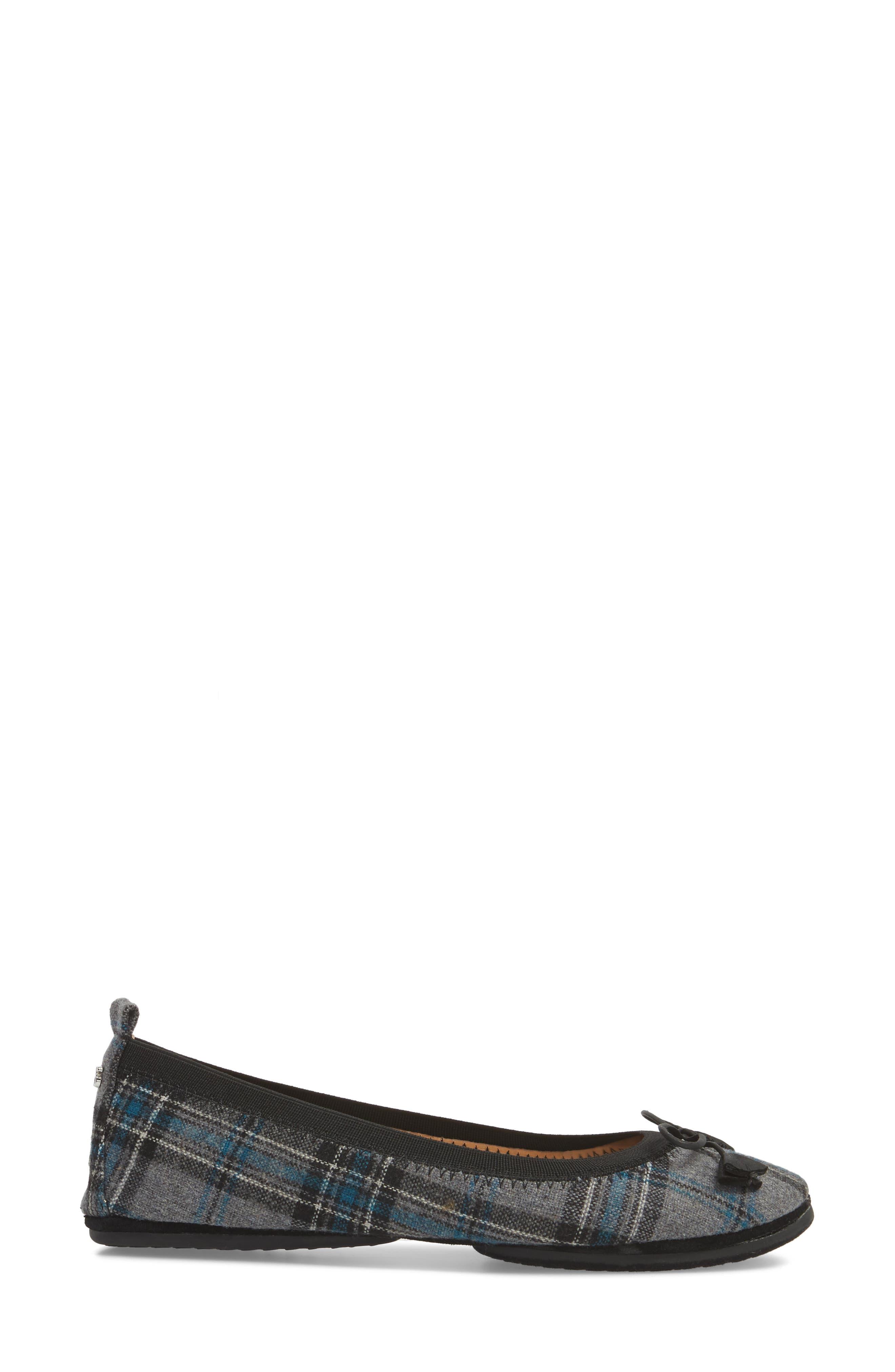 'Sandrine' Foldable Ballet Flat,                             Alternate thumbnail 3, color,                             053