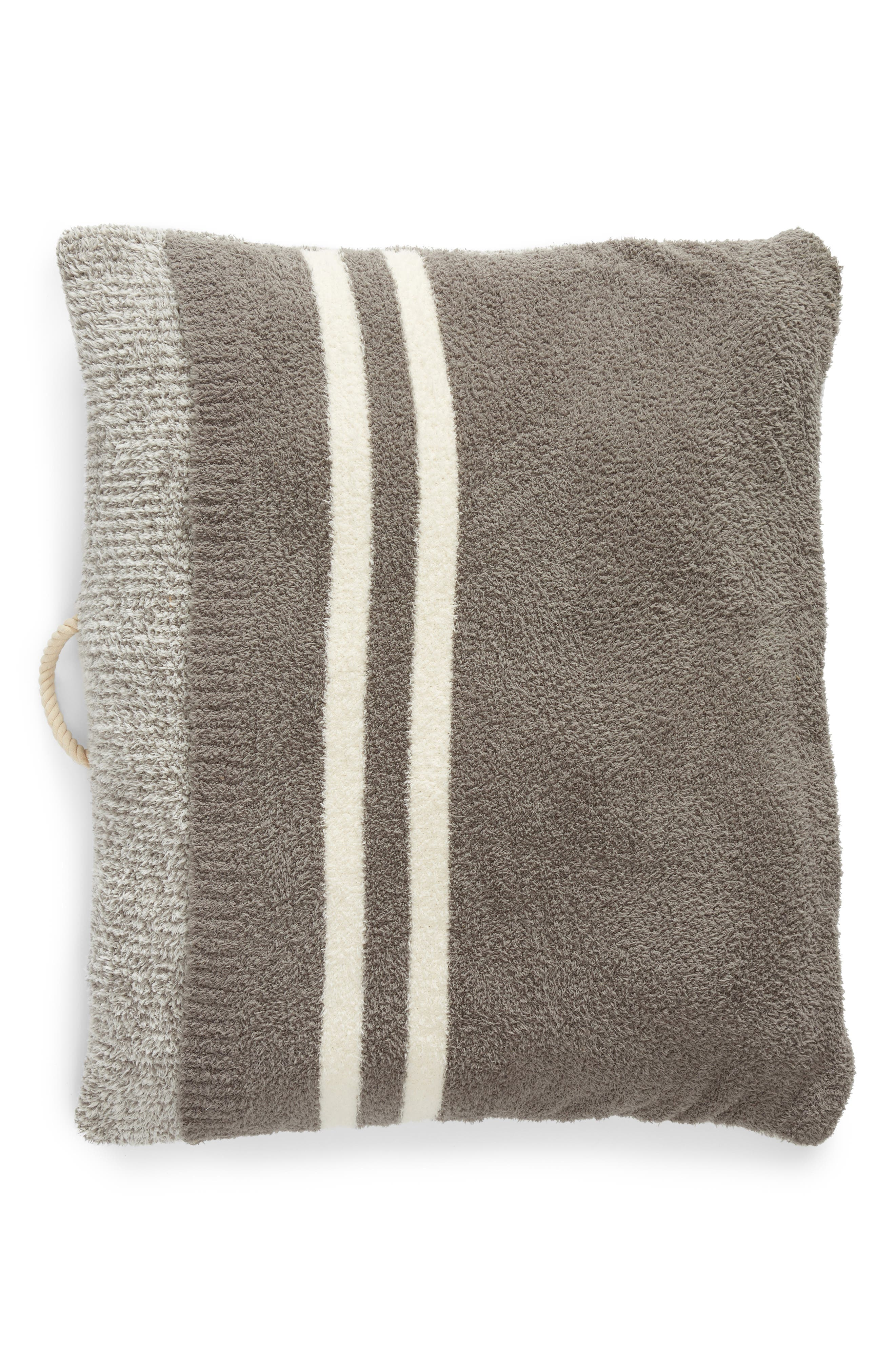 CozyChic Pet Bed<sup>™</sup>,                         Main,                         color, HE-WARM GRAY/ CREAM