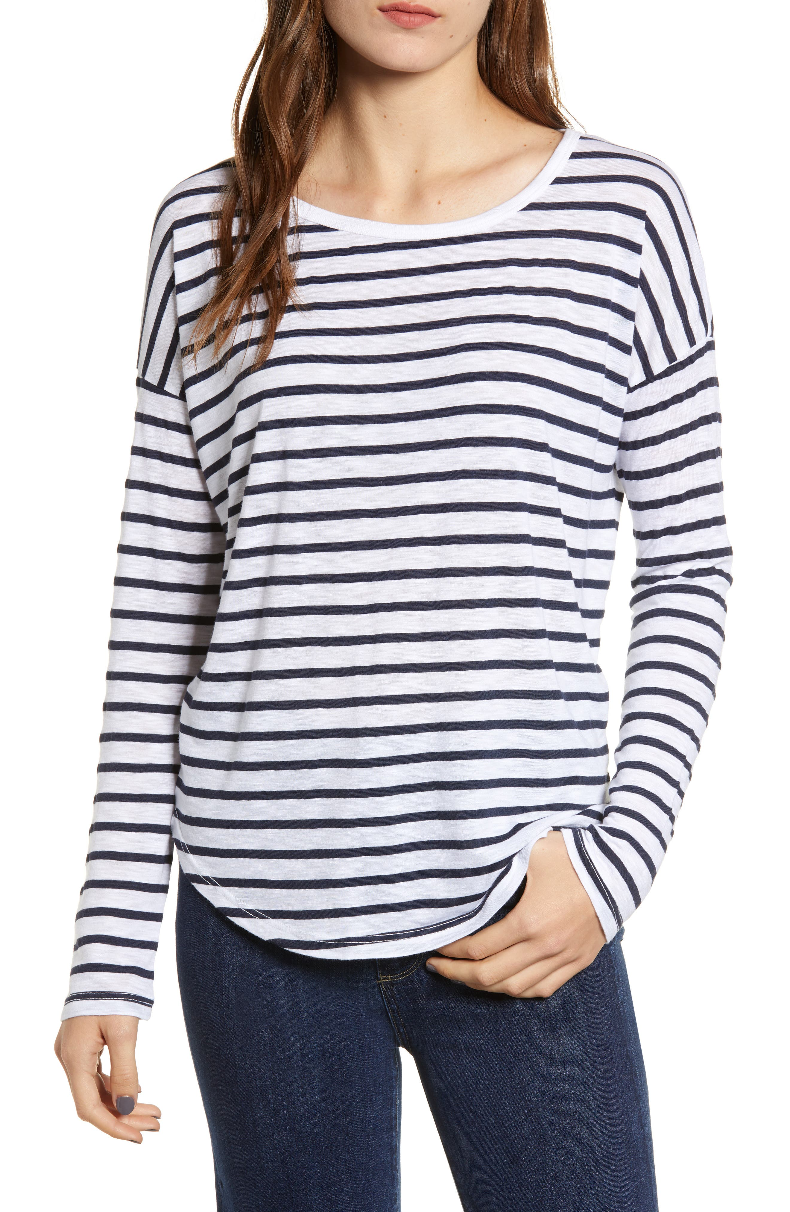 SPLENDID Striped Long-Sleeve Crewneck Slub Tee in Navy/ Off White