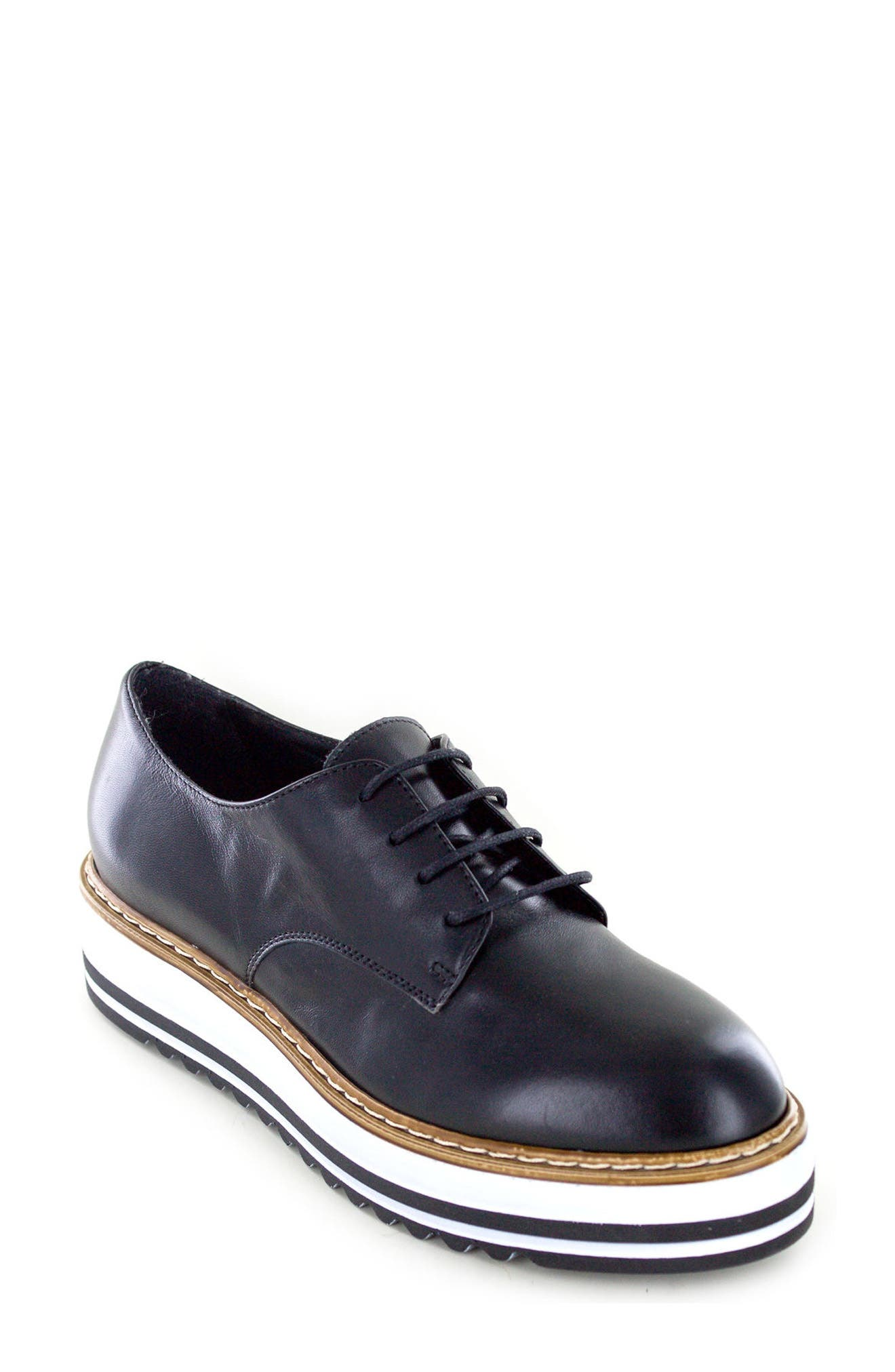 by White Mountain Belinda Platform Oxford,                         Main,                         color, BLACK LEATHER
