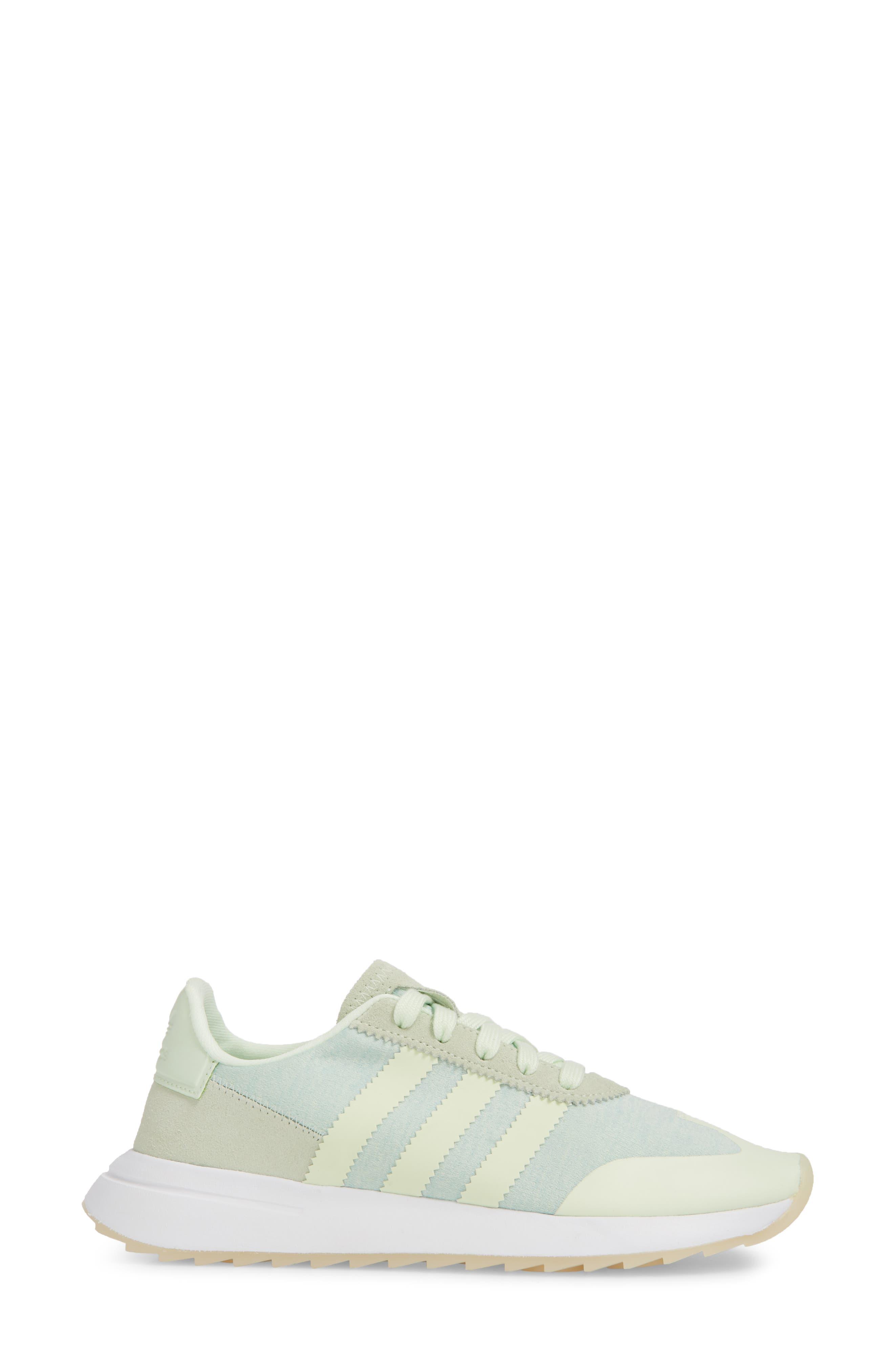 Flashback Sneaker,                             Alternate thumbnail 32, color,