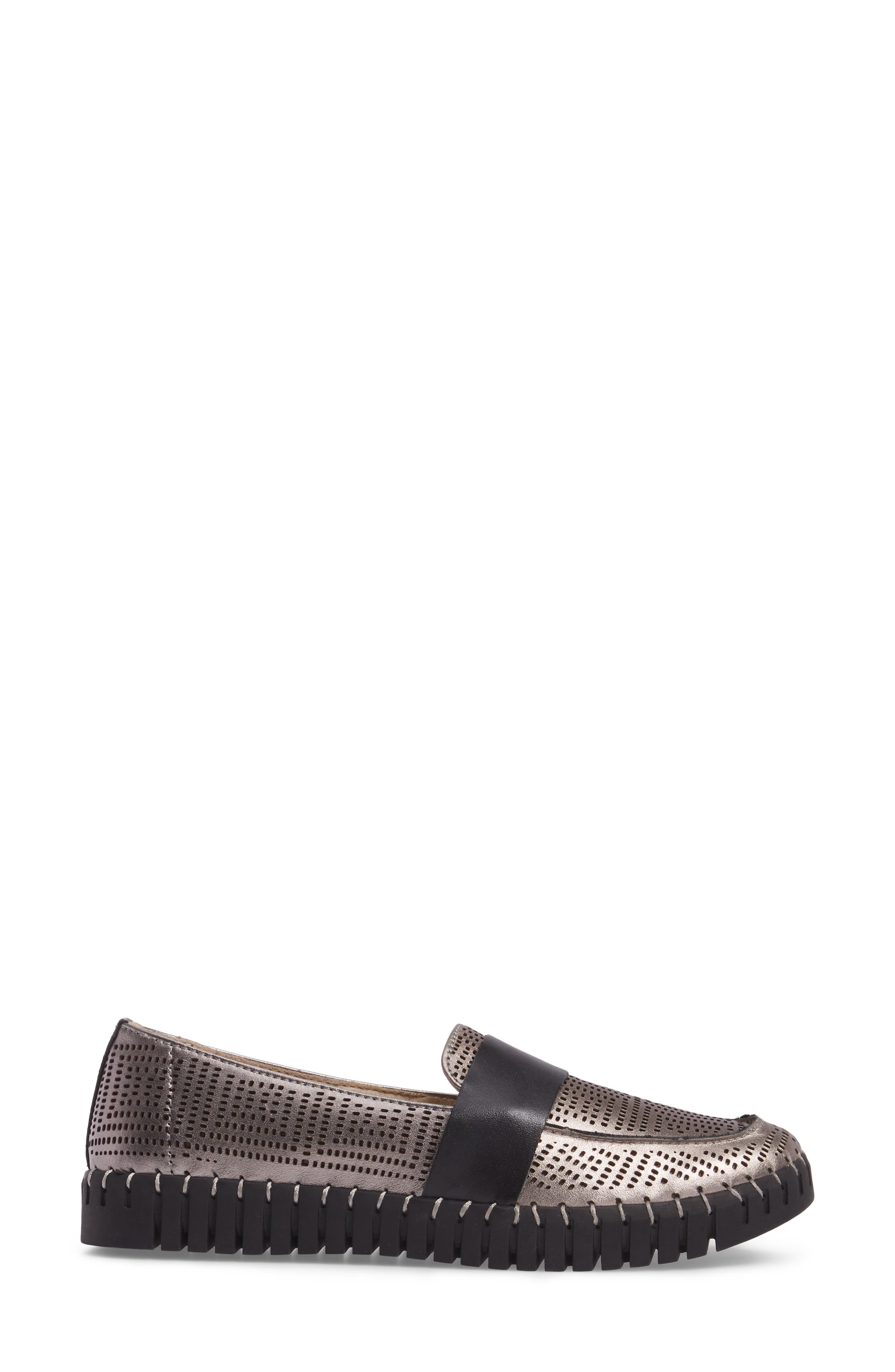 TW74 Perforated Flat,                             Alternate thumbnail 3, color,                             GUNMETAL LEATHER