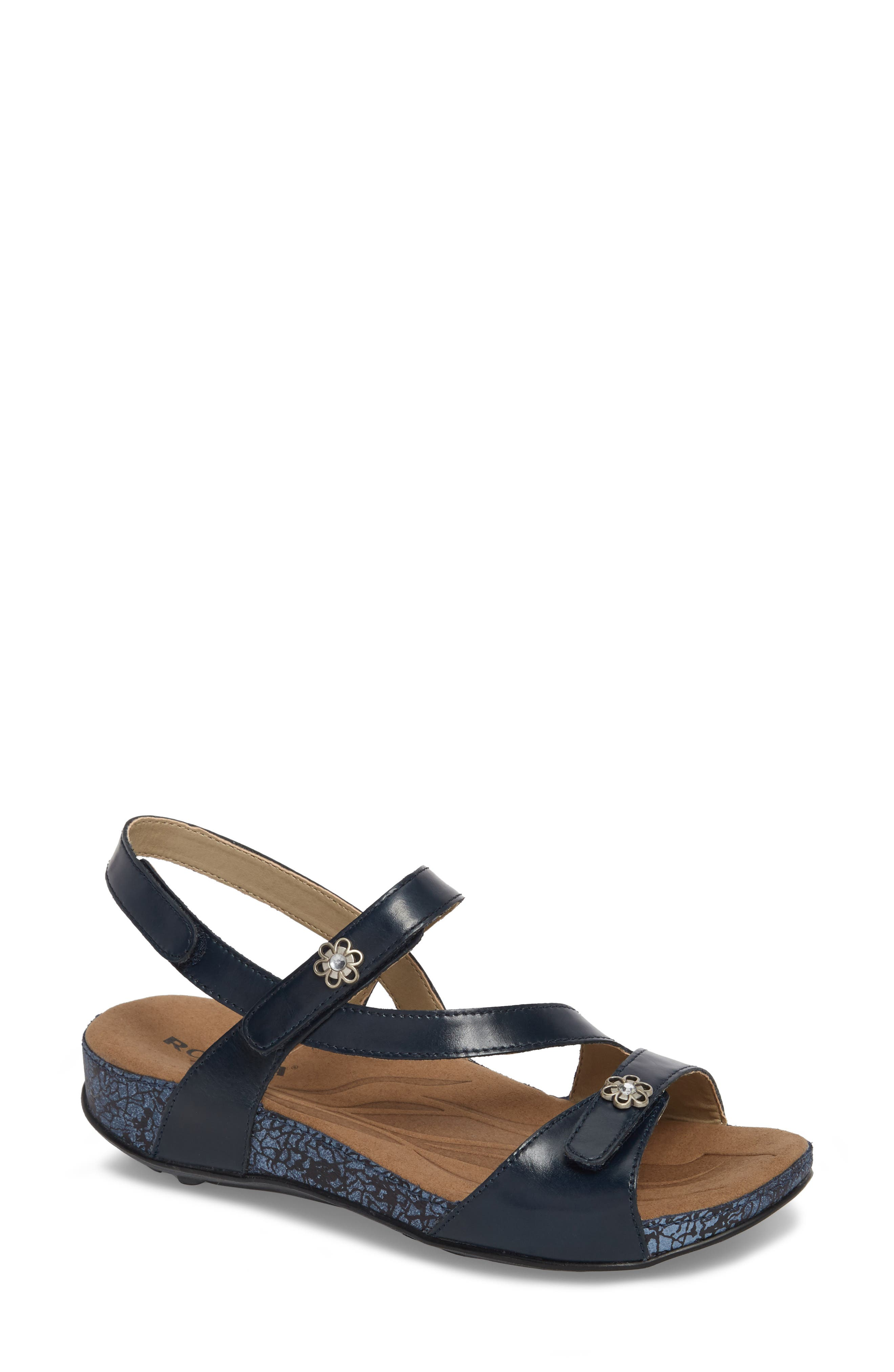 Fidschi 54 Sandal,                         Main,                         color, JEANS LEATHER