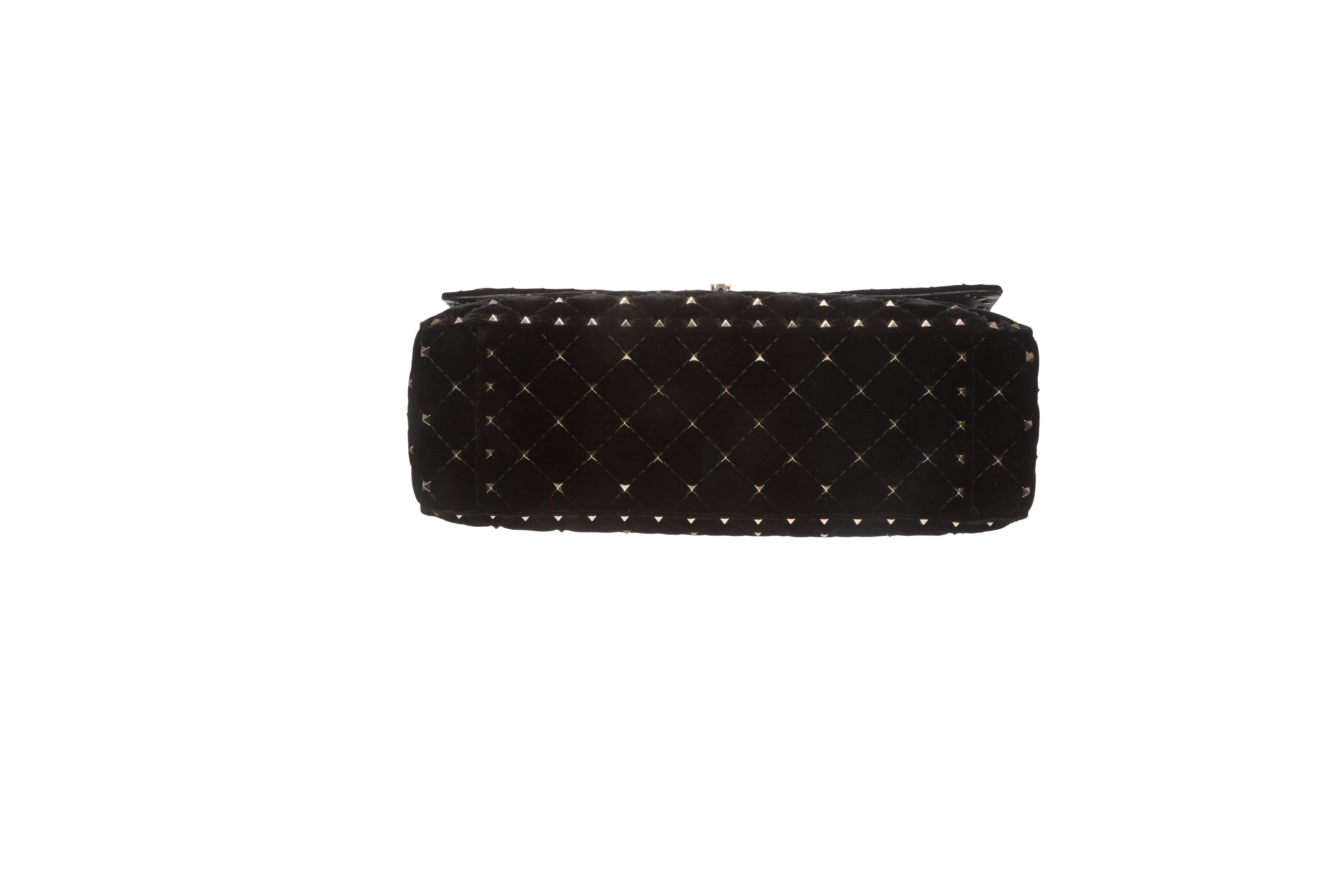 Rockstud Matelassé Velvet Shoulder Bag,                             Alternate thumbnail 6, color,                             001