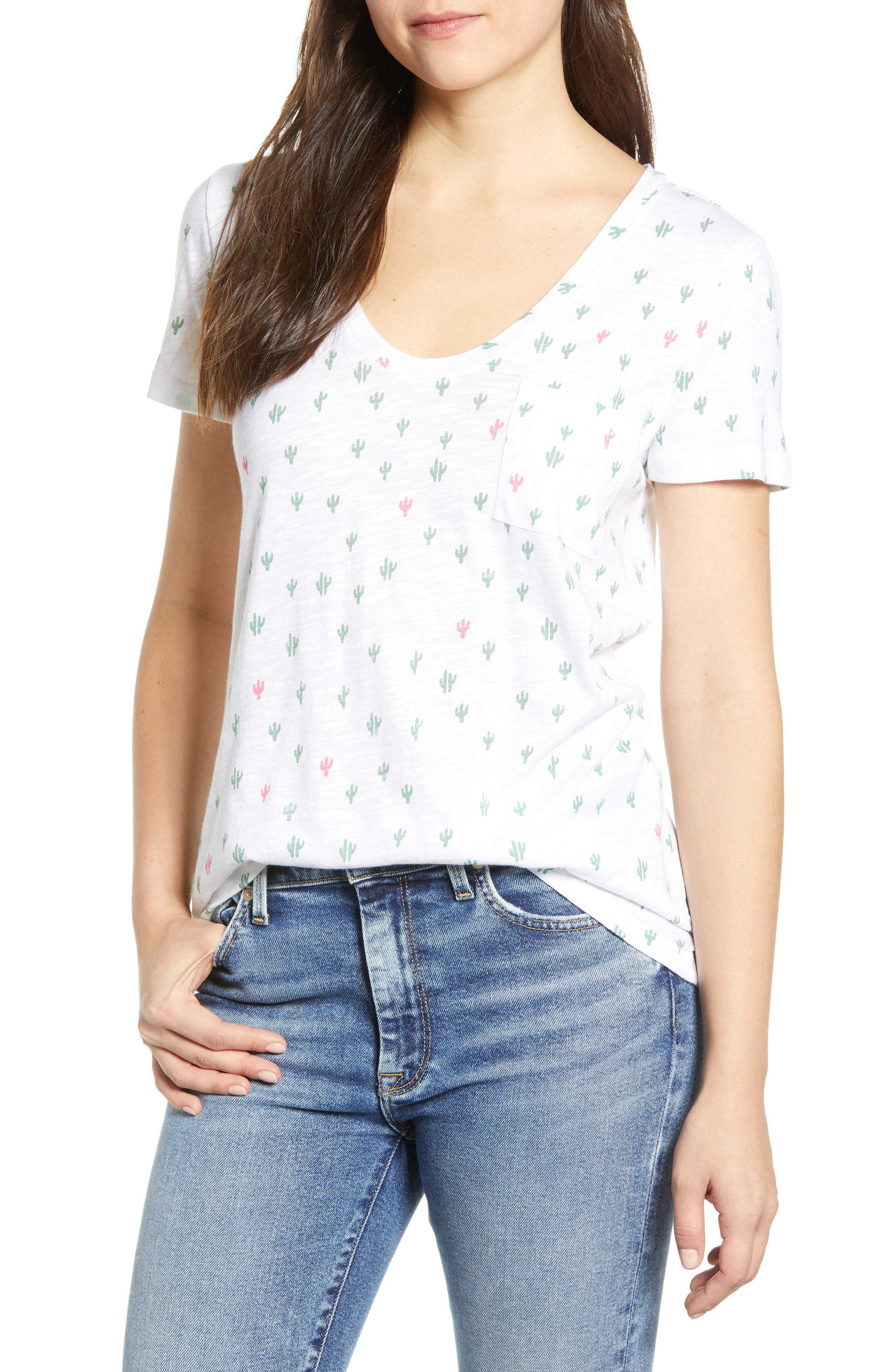 CASLON<SUP>®</SUP> Rounded V-Neck Tee, Main, color, WHITE CACTUS PRINT