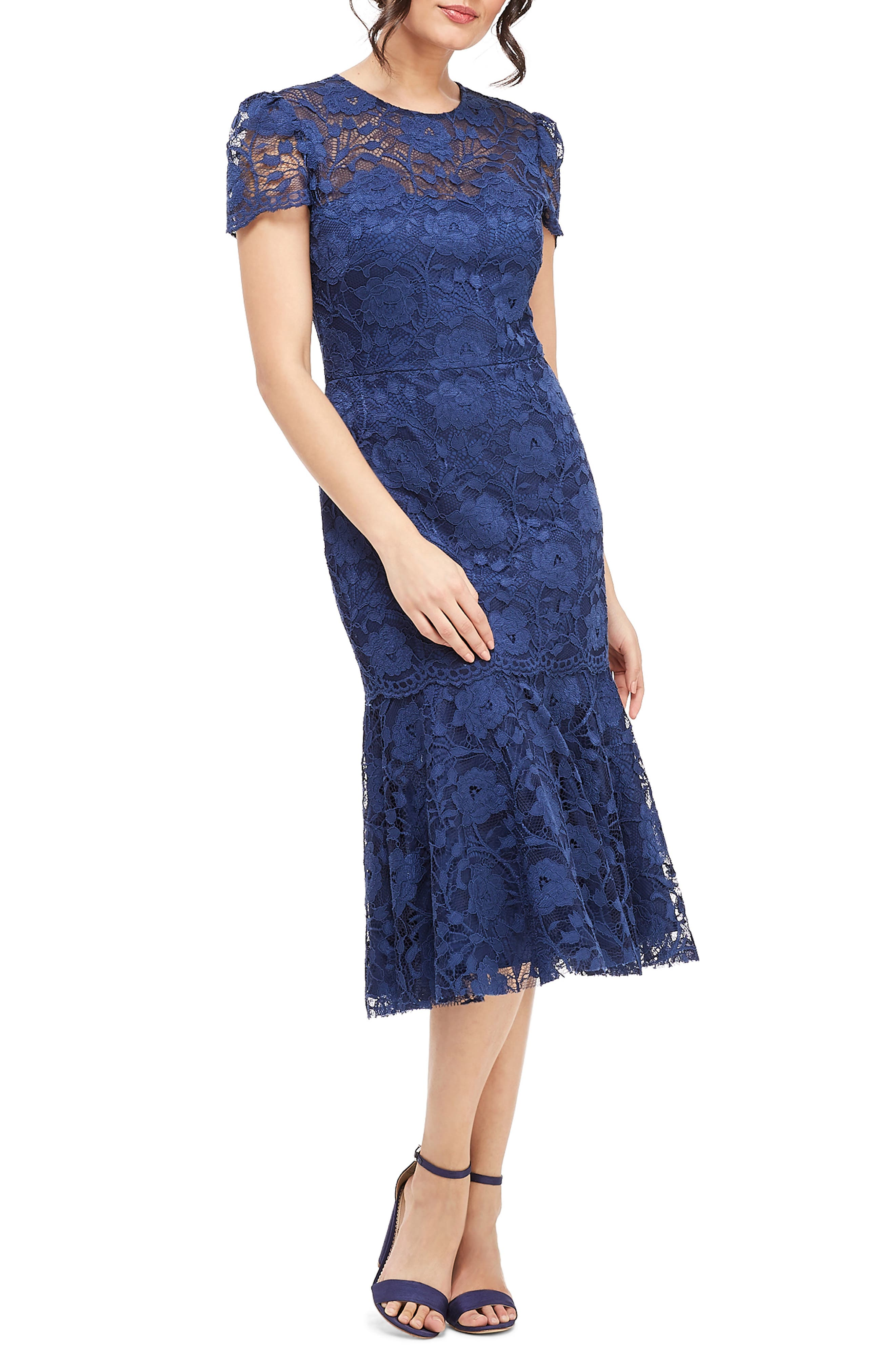 Gal Meets Glam Collection Eve Lace Midi Dress, Blue