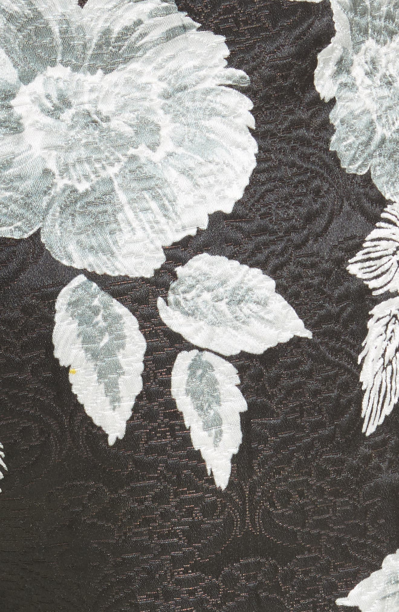 Textured Floral Print Capri Pants,                             Alternate thumbnail 5, color,                             001