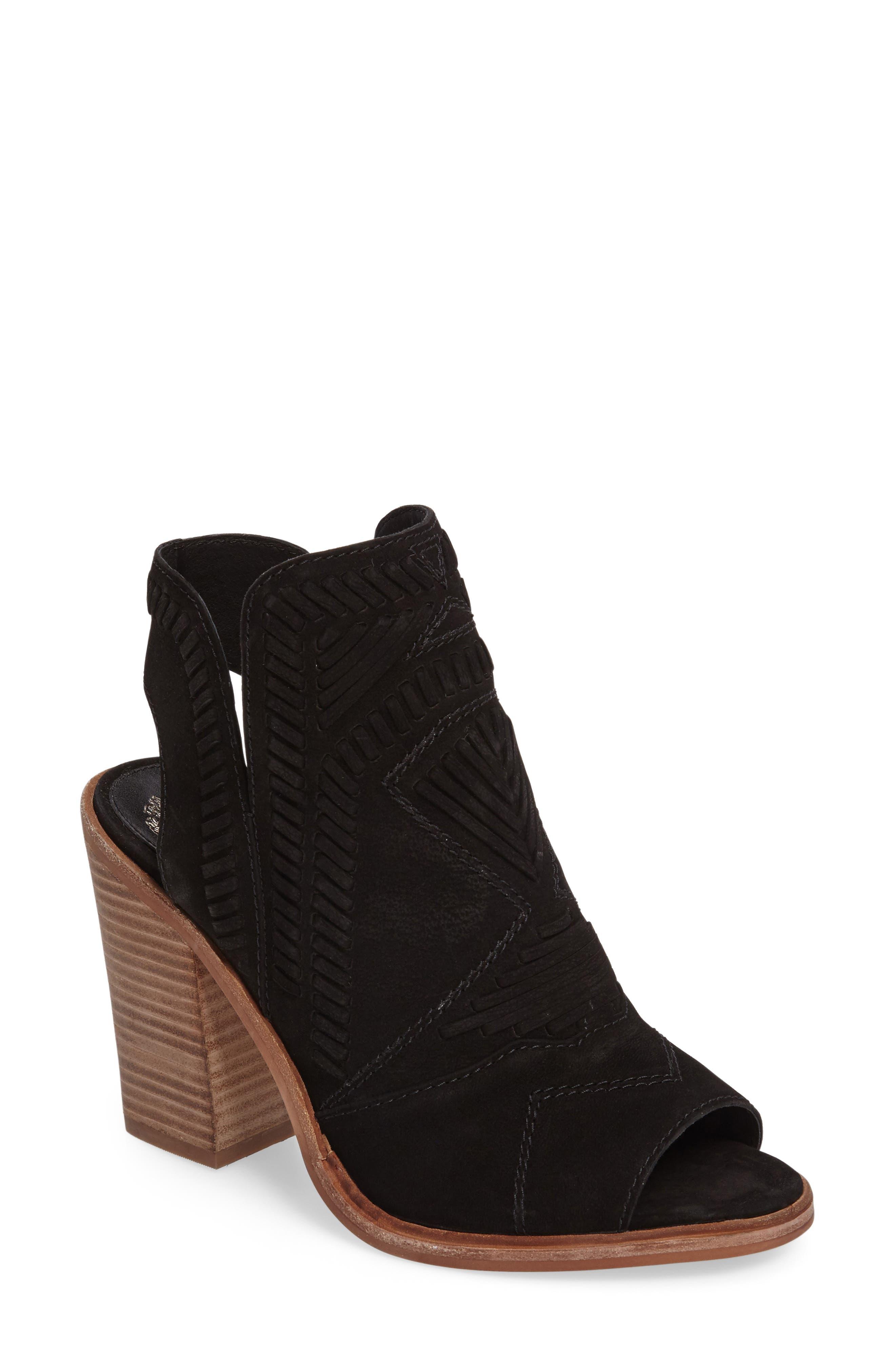 VINCE CAMUTO Karinta Block Heel Bootie, Main, color, 001