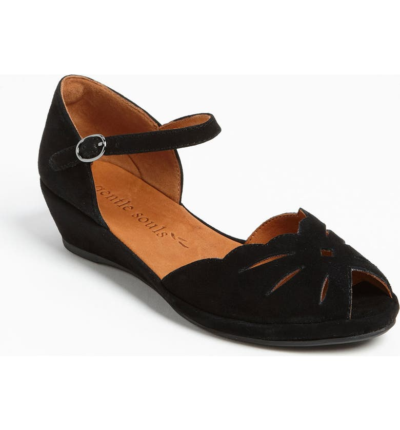 Gentle Souls BY KENNETH COLE 'LILY MOON' SANDAL