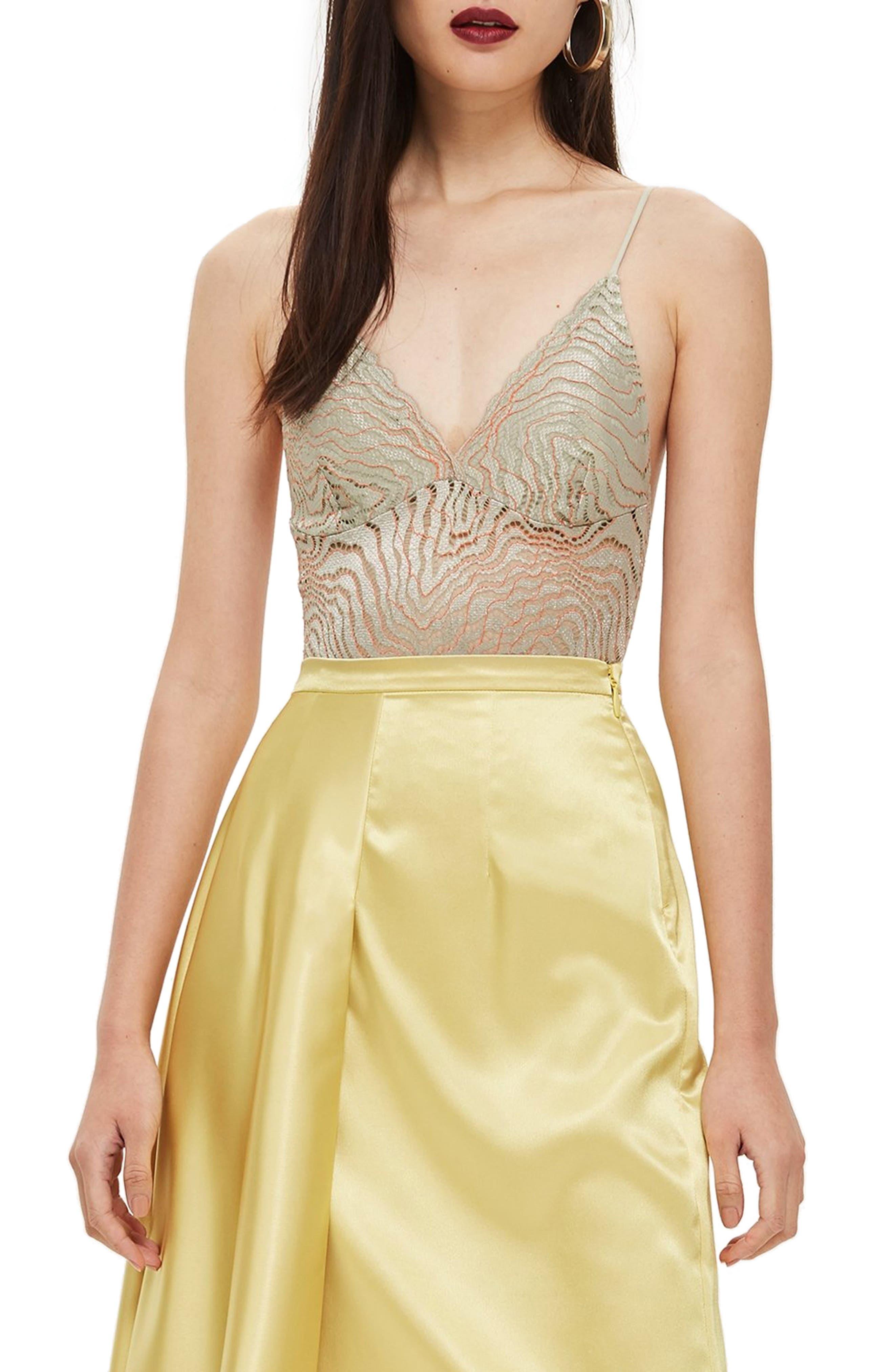 Scallop Lace Plunge Bodysuit,                         Main,                         color, LIGHT GREY