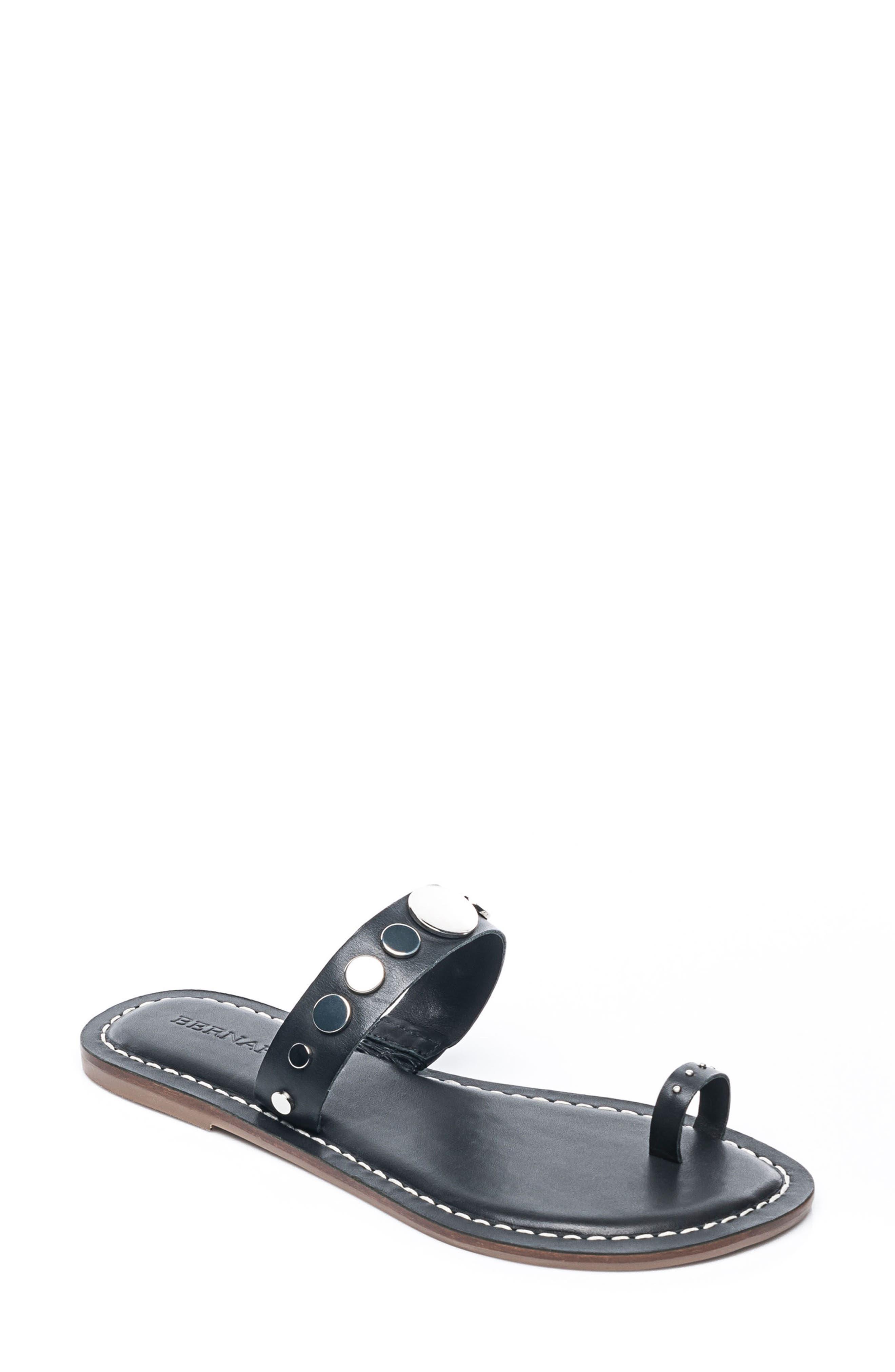 Bernardo Mattie Toe Ring Sandal,                         Main,                         color, 001