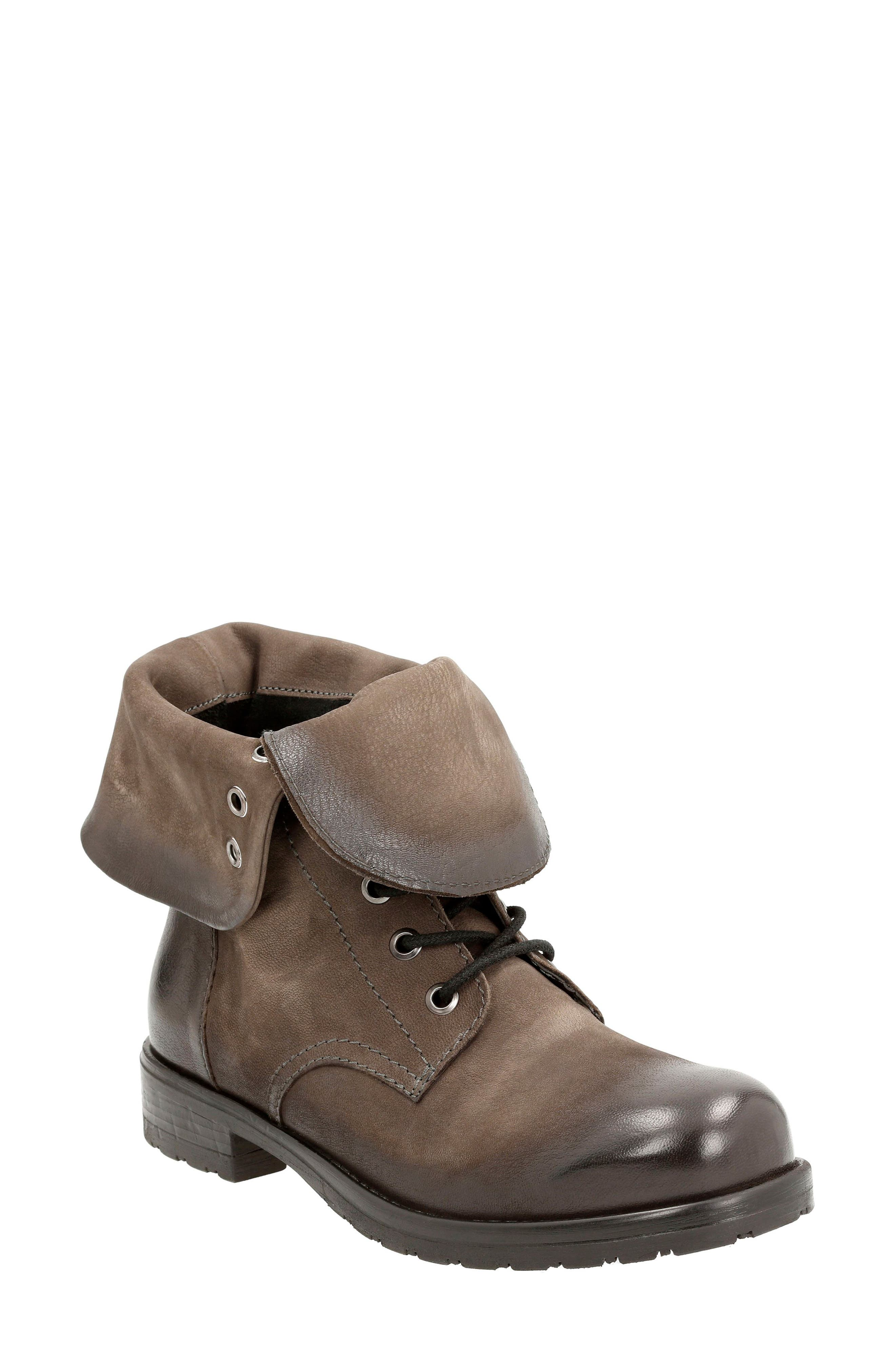 CLARKS<SUP>®</SUP> Minoa River Boot, Main, color, 250