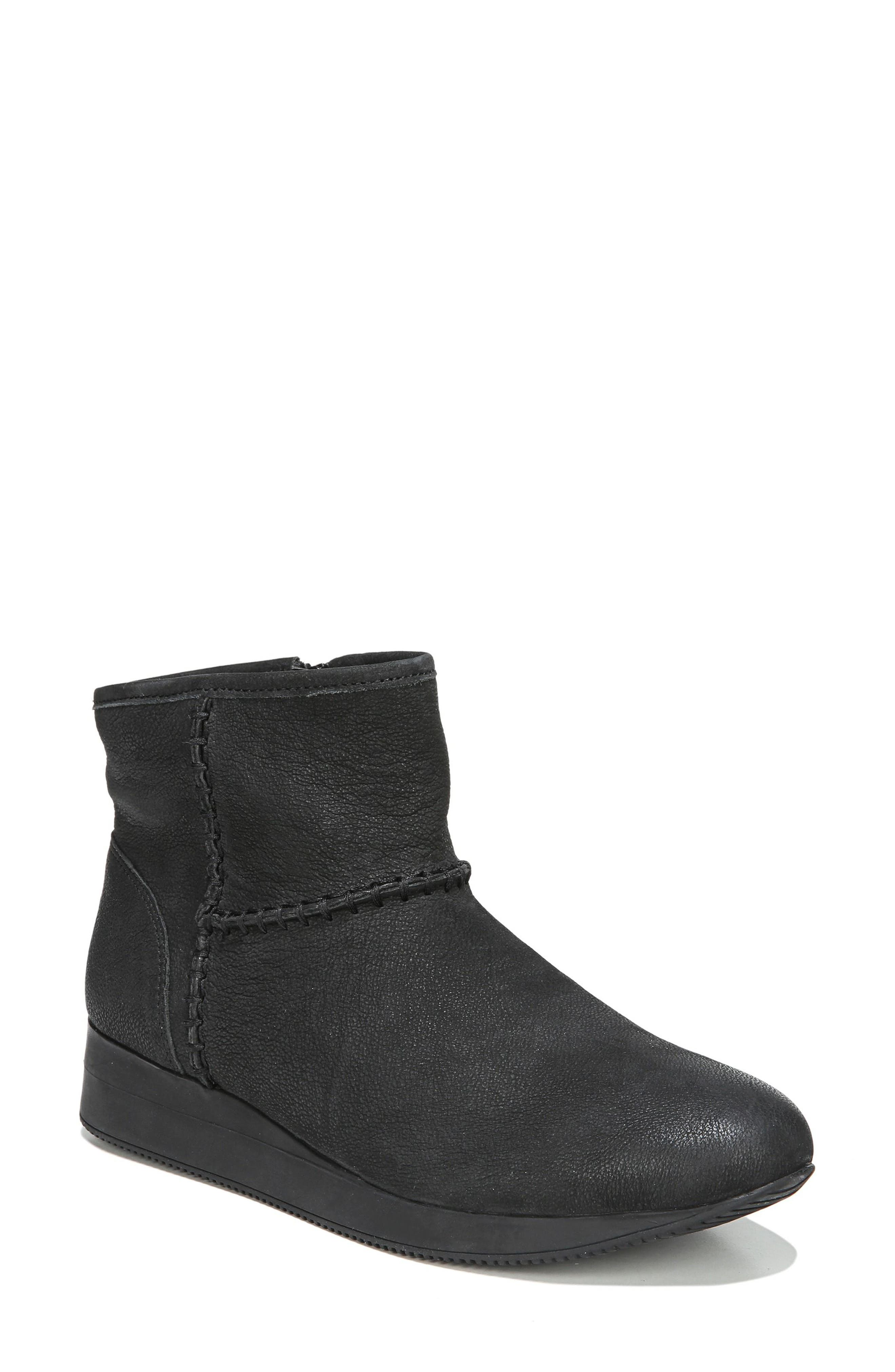 Julian Bootie,                         Main,                         color, 001