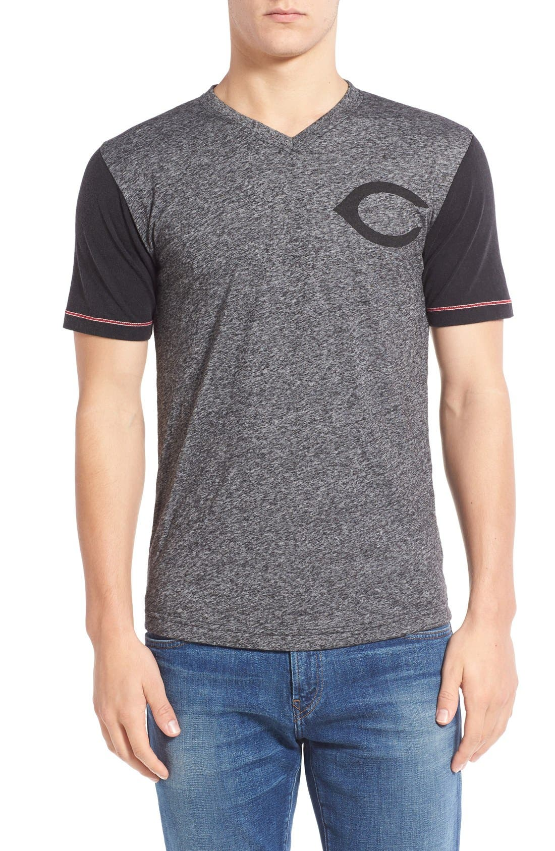 RED JACKET,                             'Cincinnati Reds - Onyx' Trim Fit V-Neck T-Shirt,                             Main thumbnail 1, color,                             019