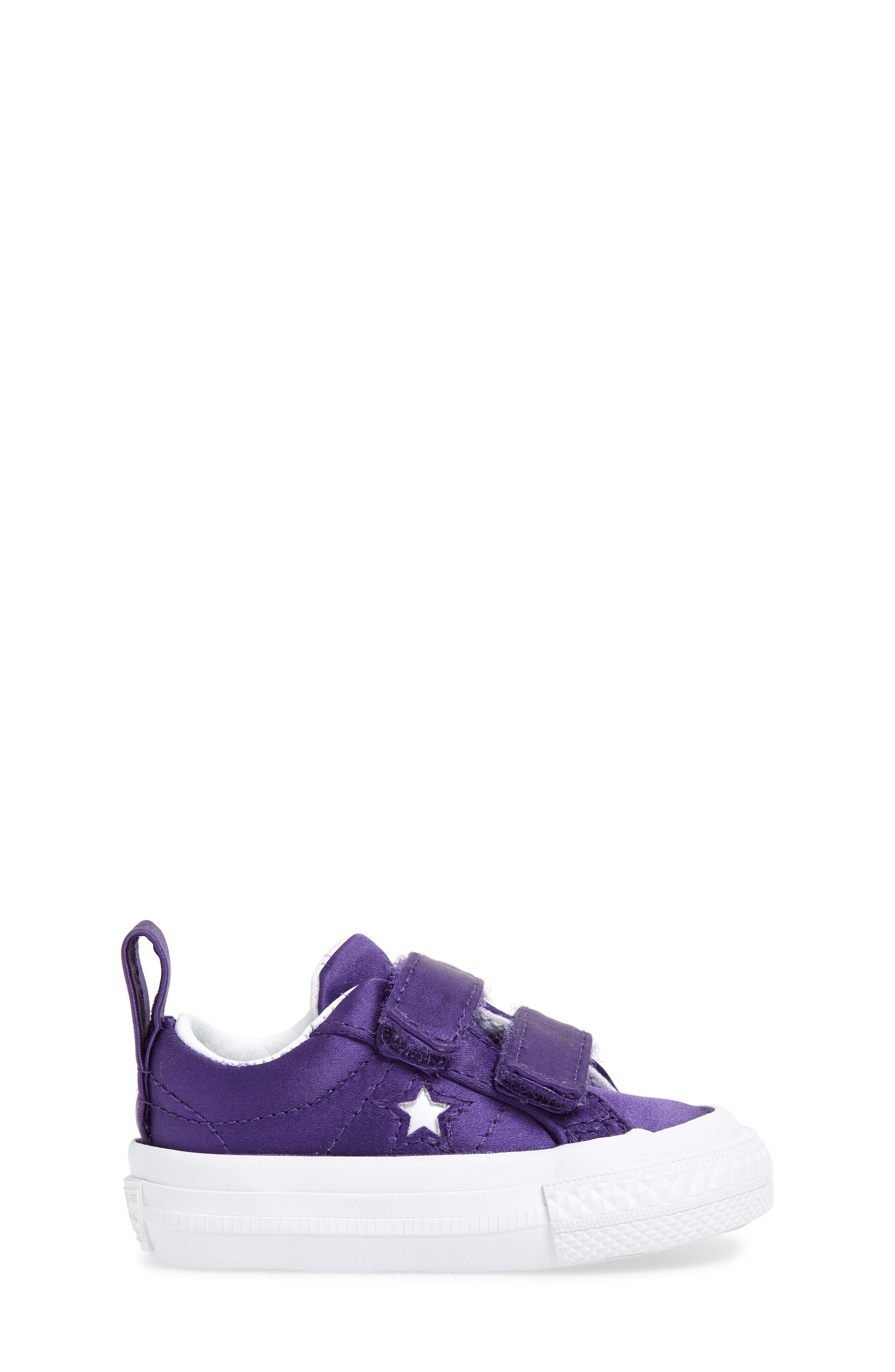 One Star Satin 2V Low Top Sneaker,                             Alternate thumbnail 3, color,                             510