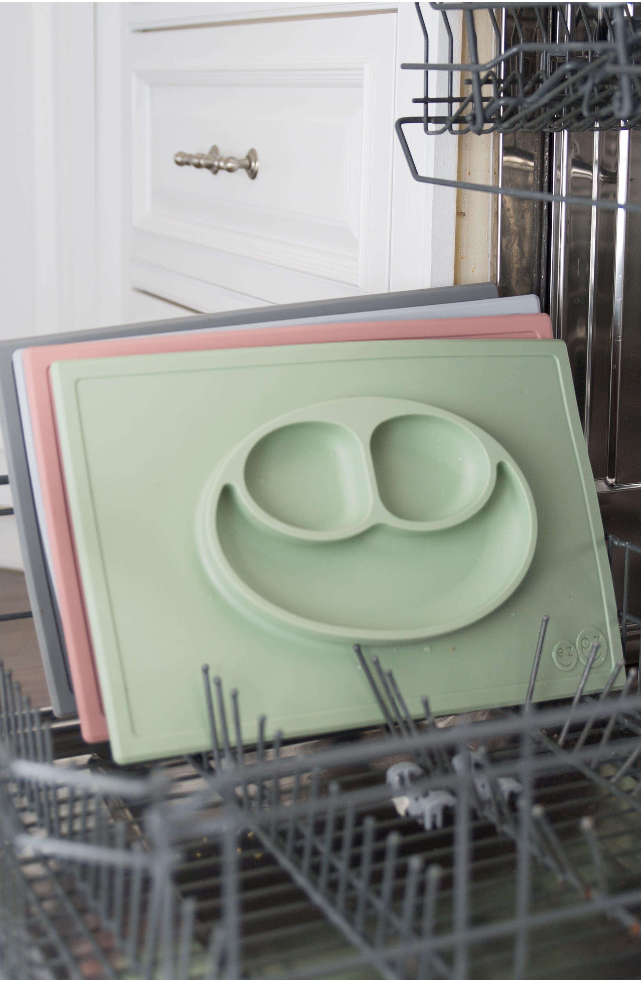'Happy Mat' Silicone Feeding Mat,                             Alternate thumbnail 4, color,                             SAGE