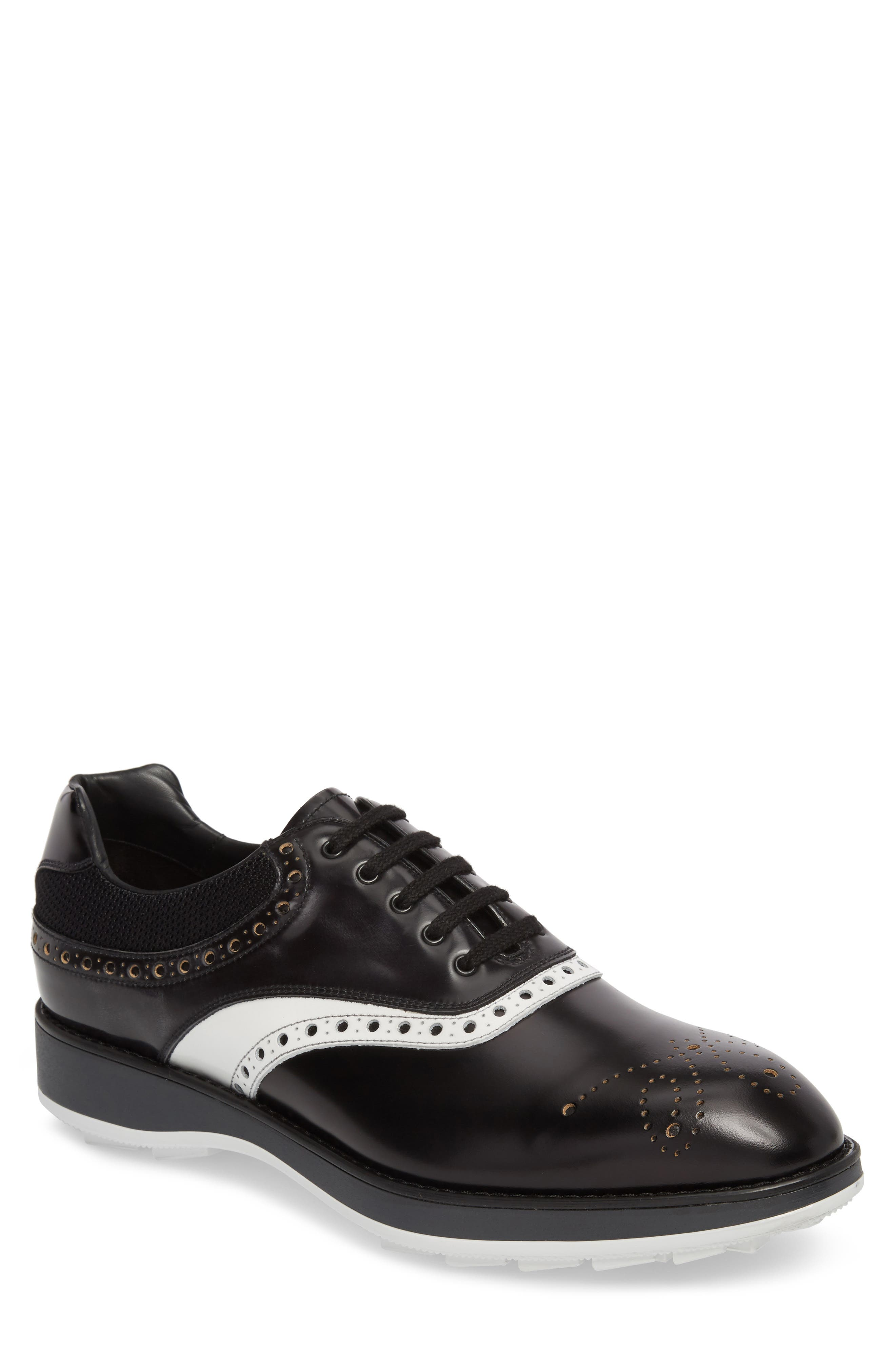 Medallion Toe Oxford,                         Main,                         color, 001