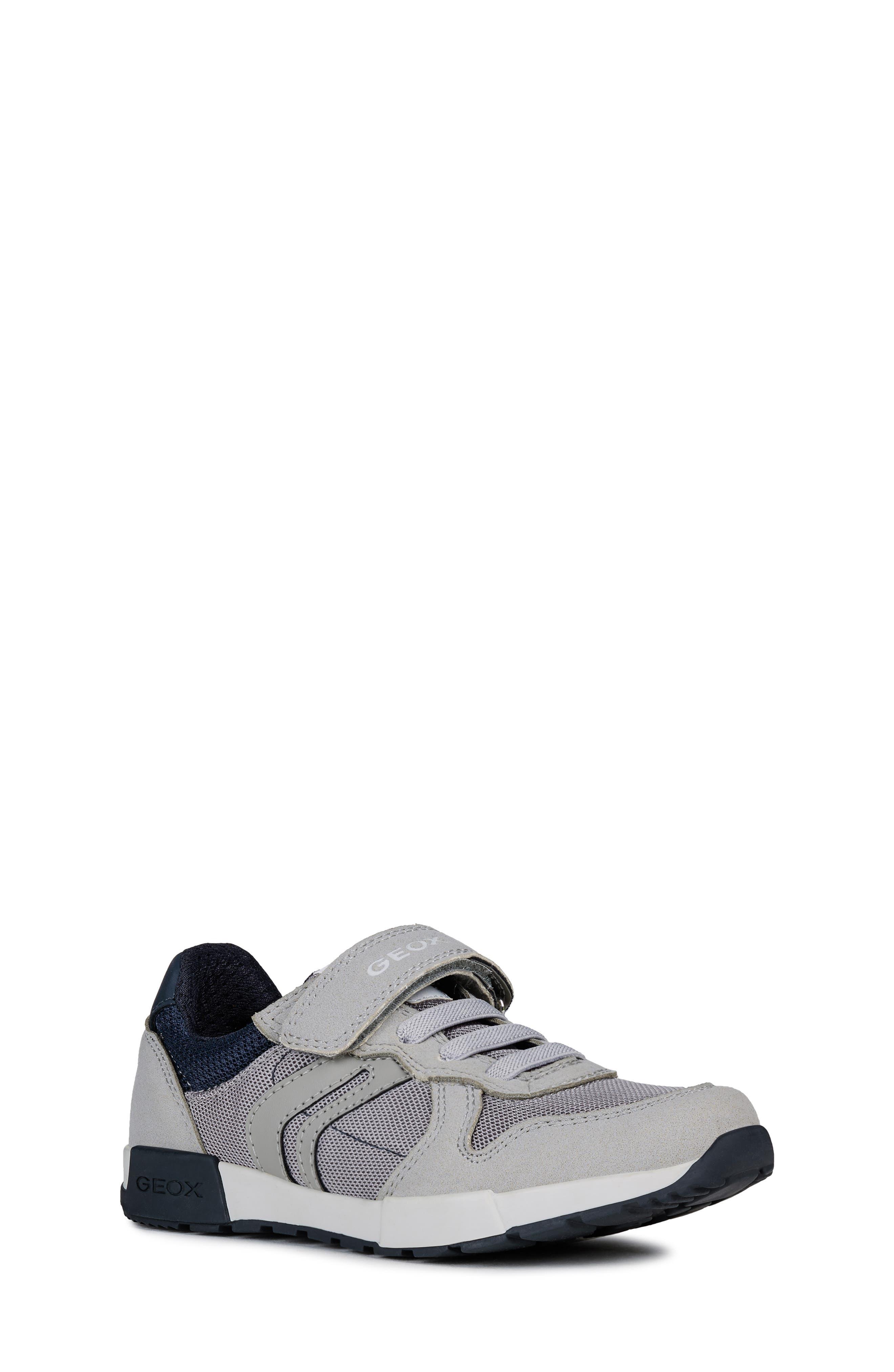 Boys Geox Alfier Sneaker Size 6US  39EU  Grey