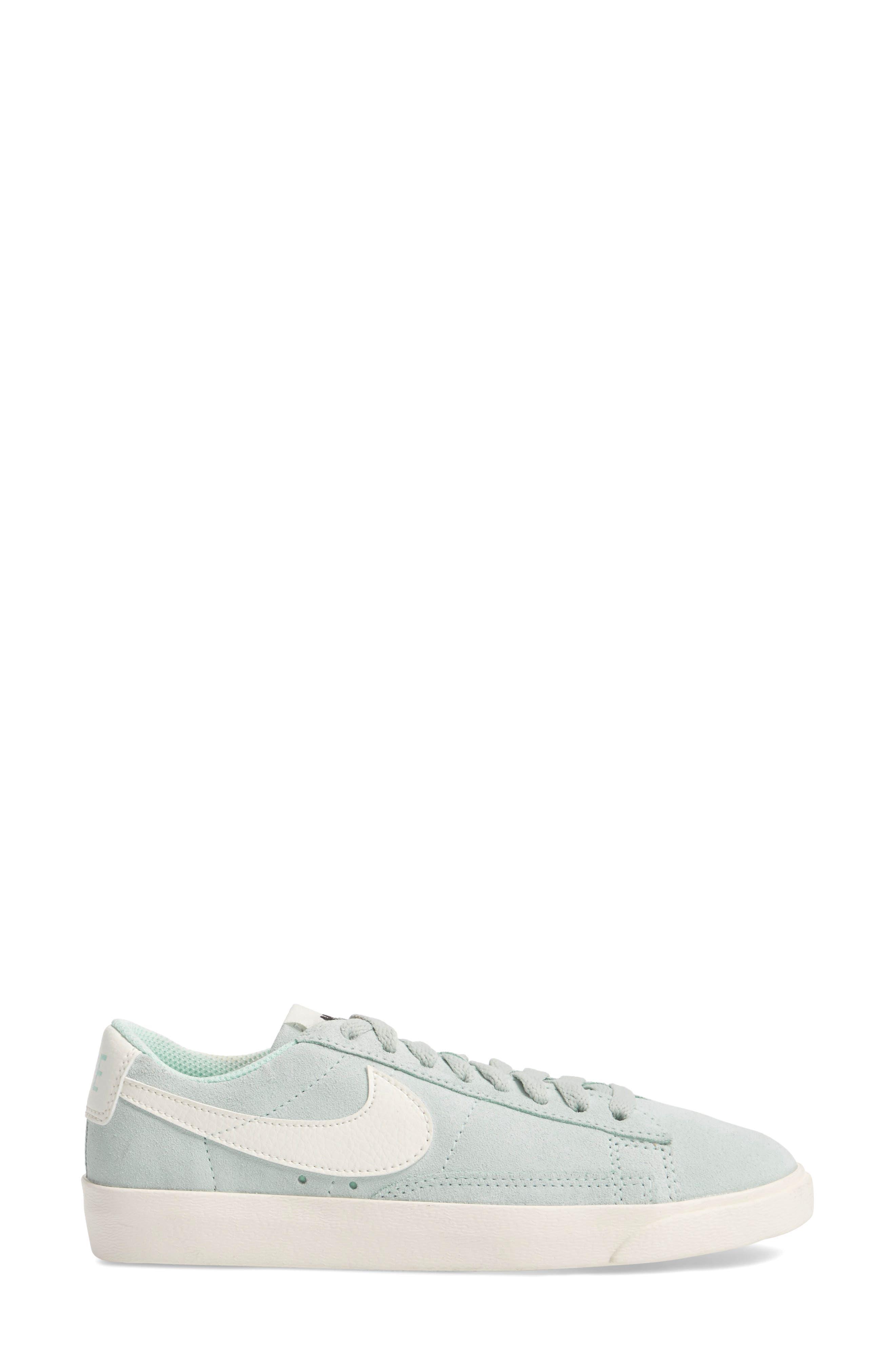 Blazer Low Sneaker,                             Alternate thumbnail 13, color,
