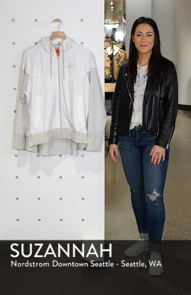 Sportswear Women's Windrunner Water Repellent Jacket, sales video thumbnail