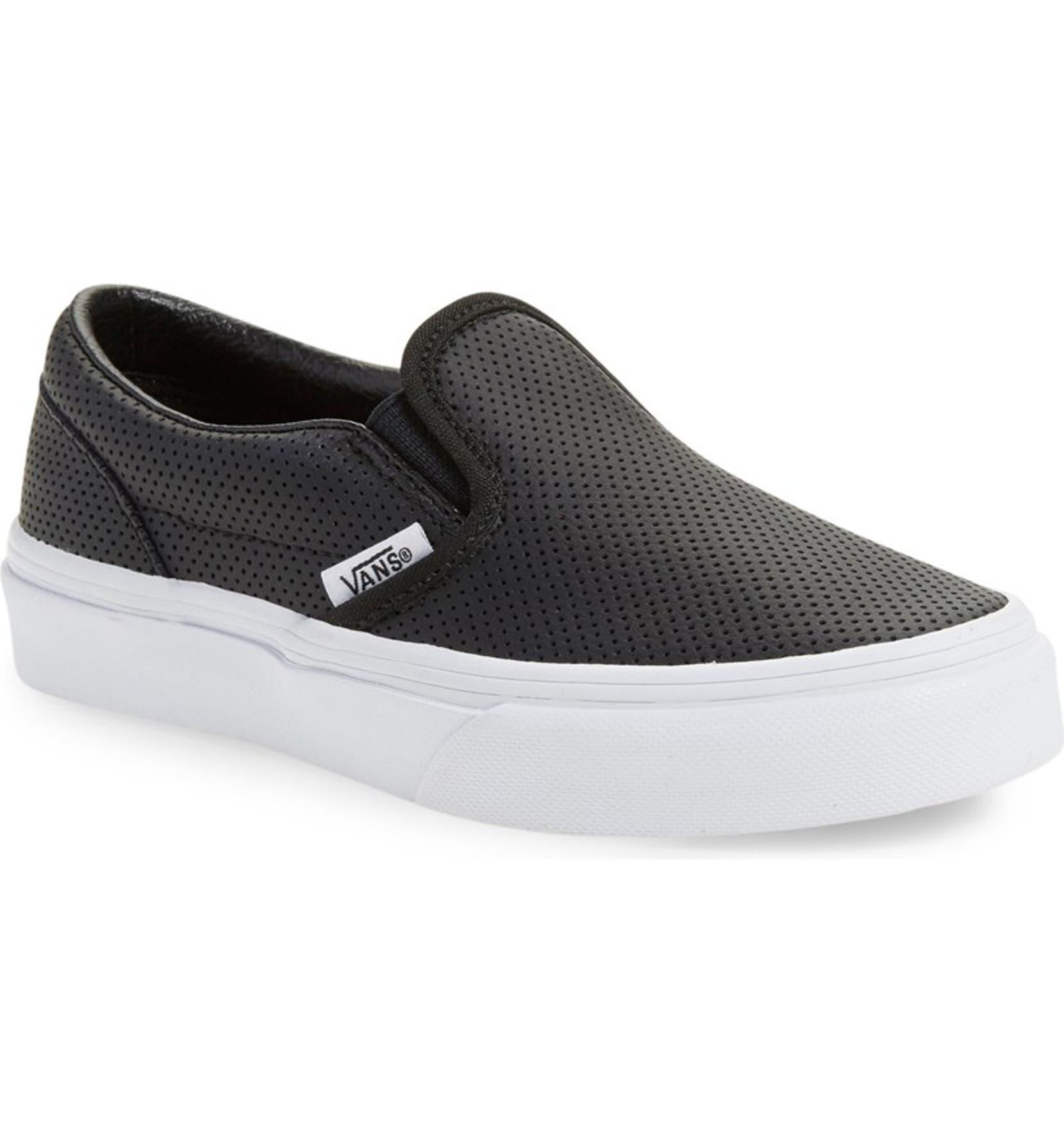 d8f07d39ebfb Vans  Classic  Slip-On Sneaker (Baby