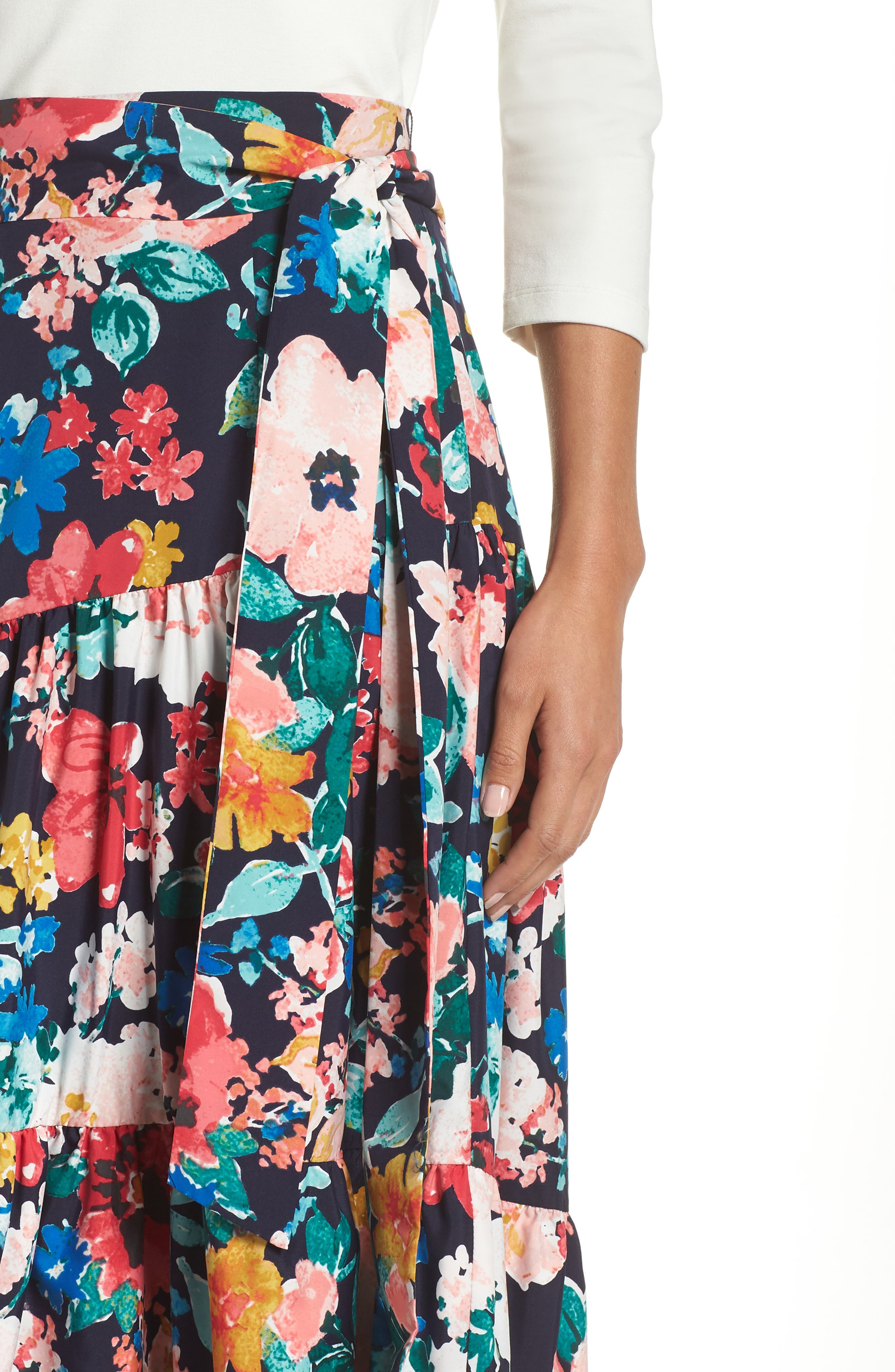 High/Low Tiered Skirt,                             Alternate thumbnail 4, color,                             NAVY