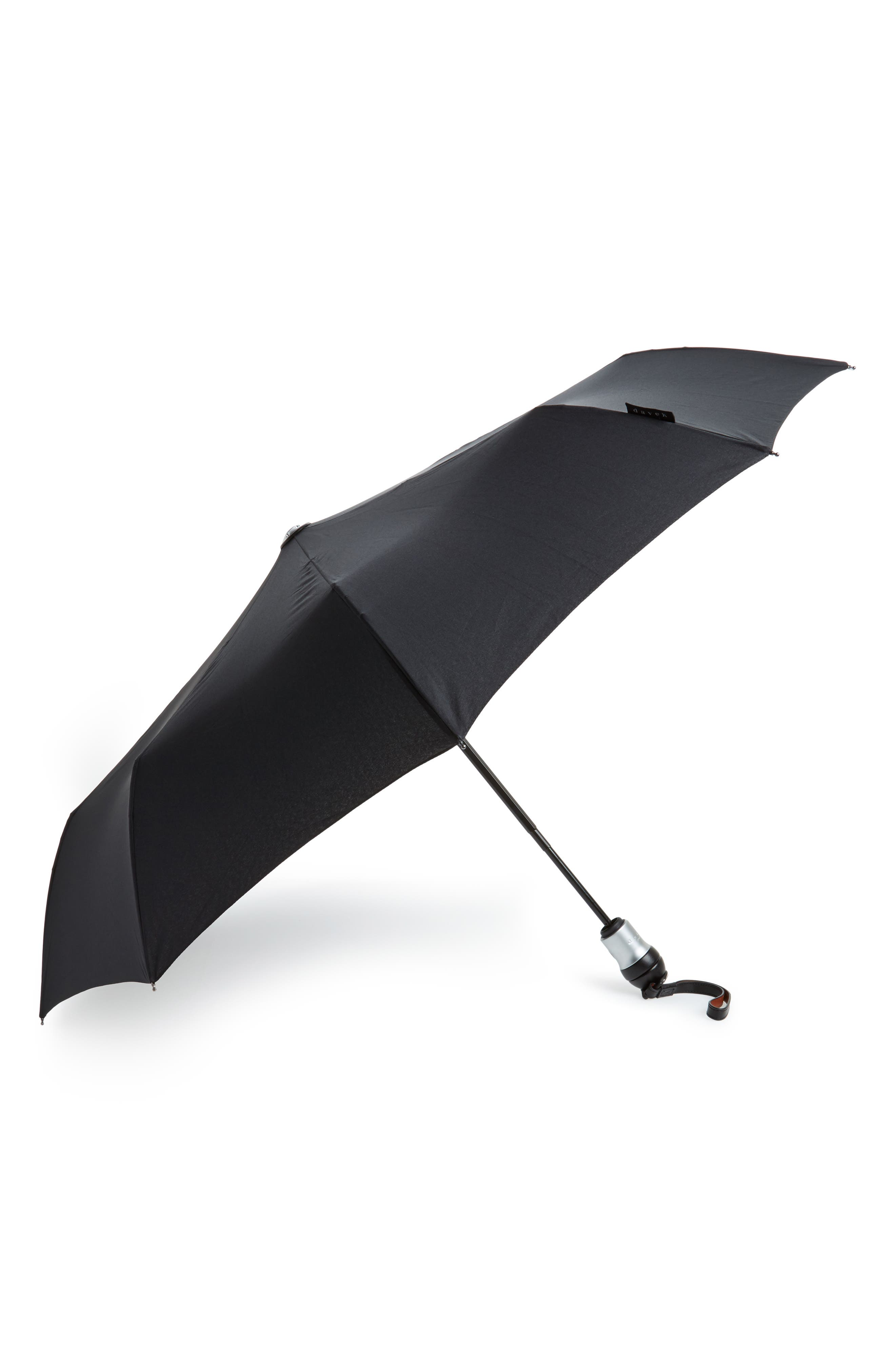Solo Medium Umbrella,                         Main,                         color, CLASSIC BLACK