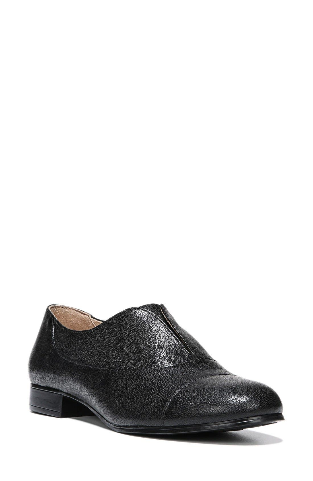 NATURALIZER 'Carabell' Laceless Oxford, Main, color, 001
