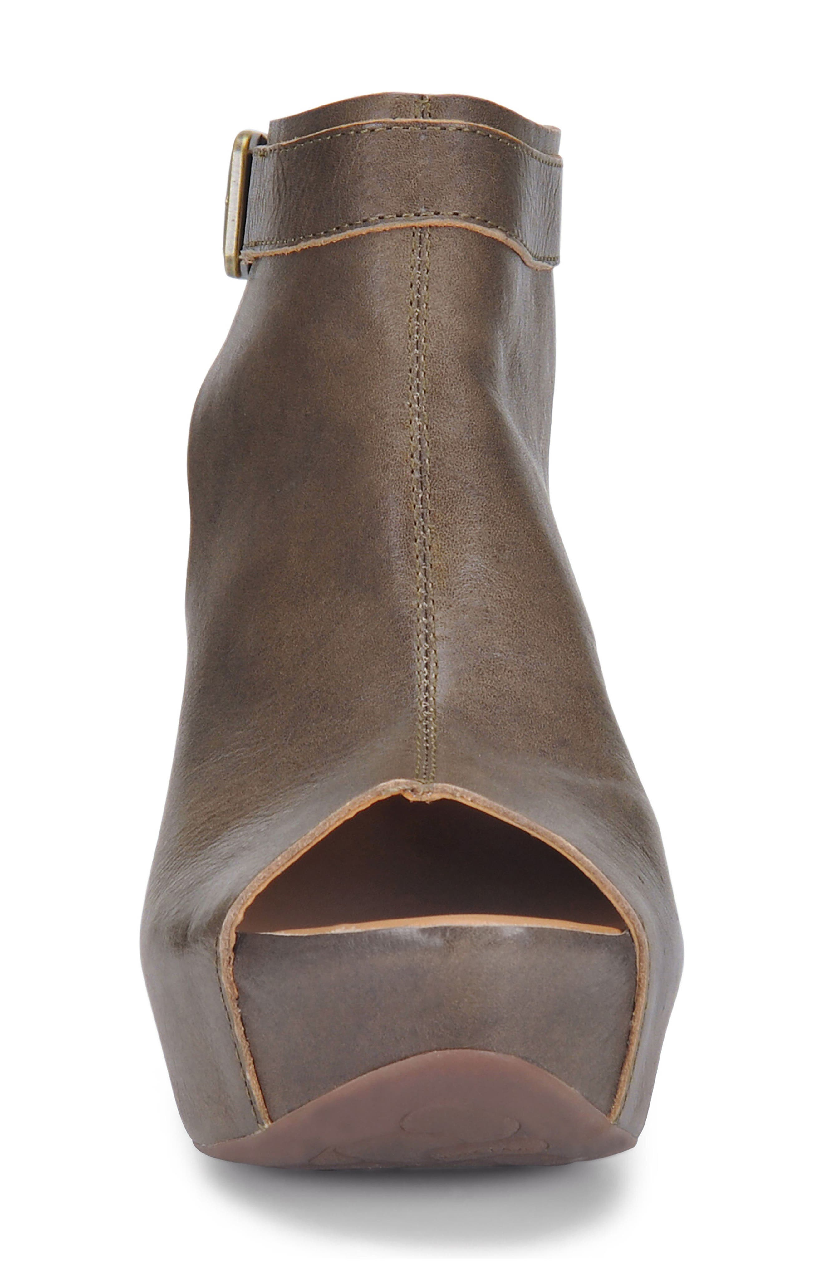 'Berit' Wedge Sandal,                             Alternate thumbnail 72, color,