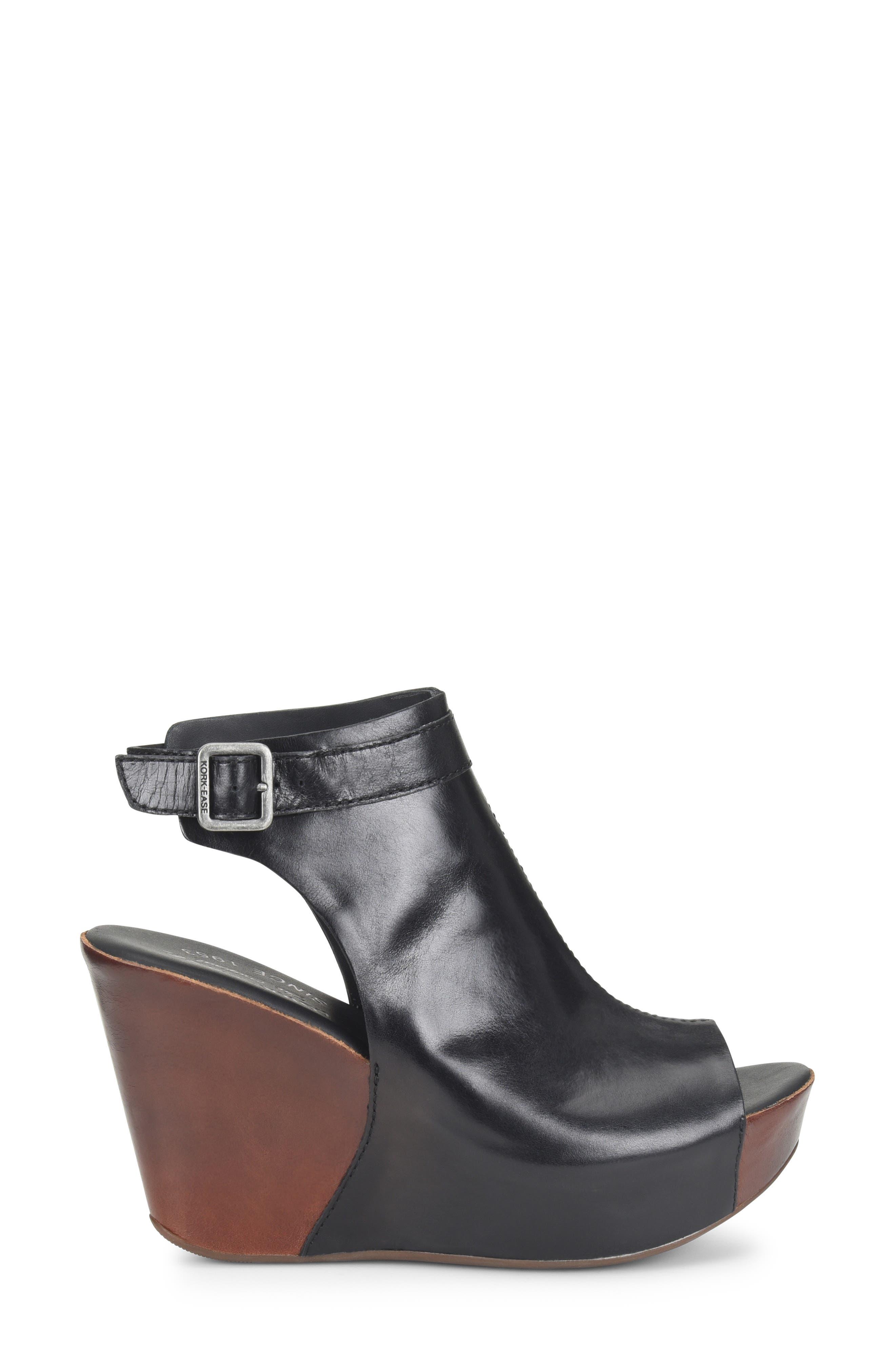 'Berit' Wedge Sandal,                         Main,                         color,