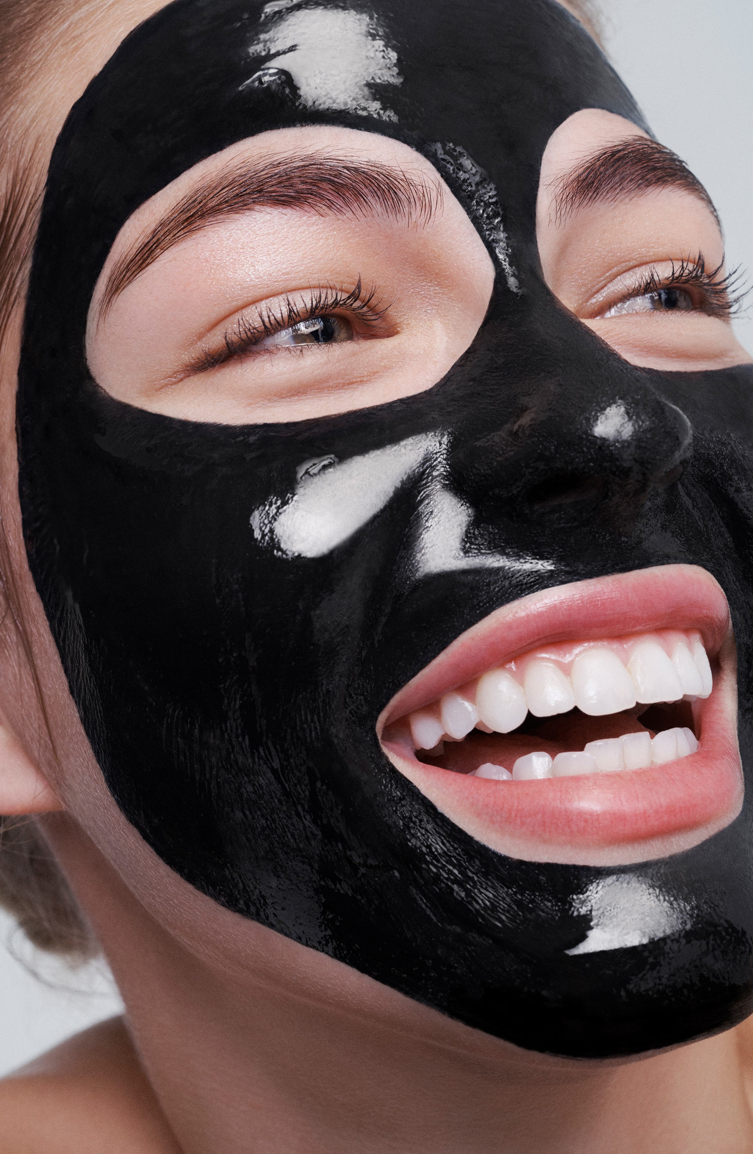 Luminizing Black Charcoal Mask,                             Alternate thumbnail 4, color,                             NO COLOR