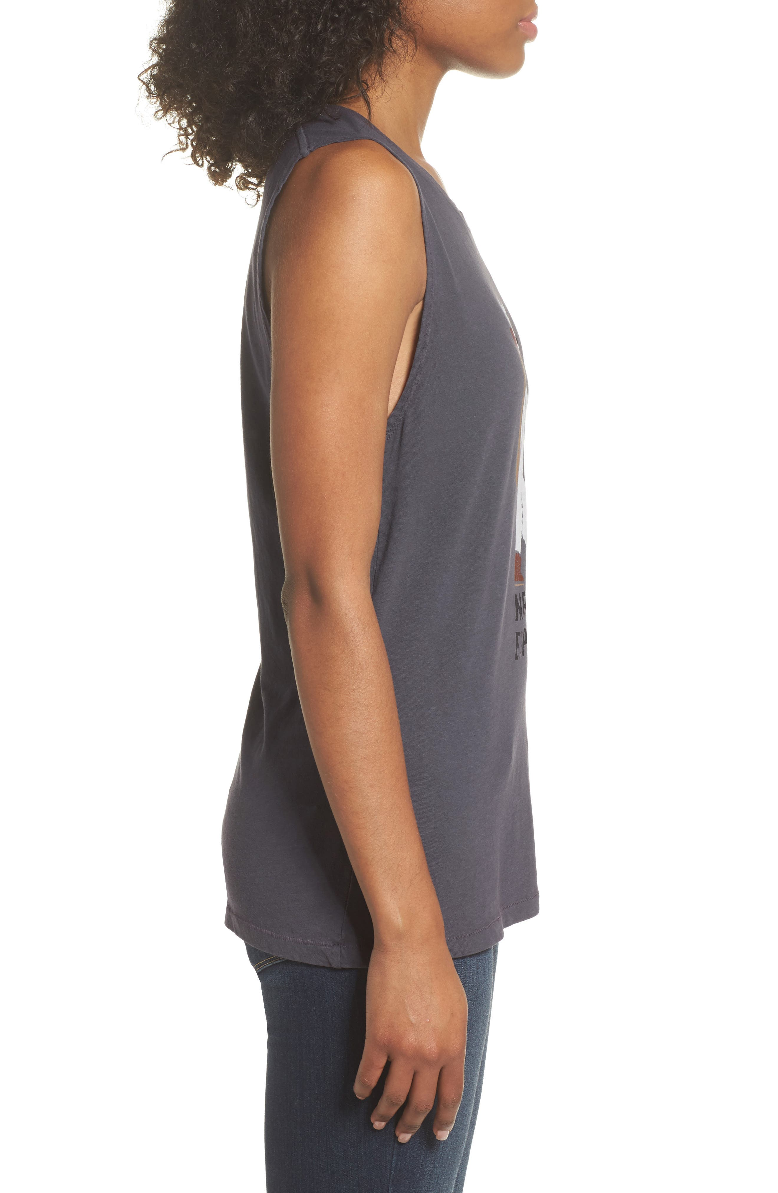 Well Loved Cruisin' Outdoors Muscle Tank,                             Alternate thumbnail 3, color,                             001