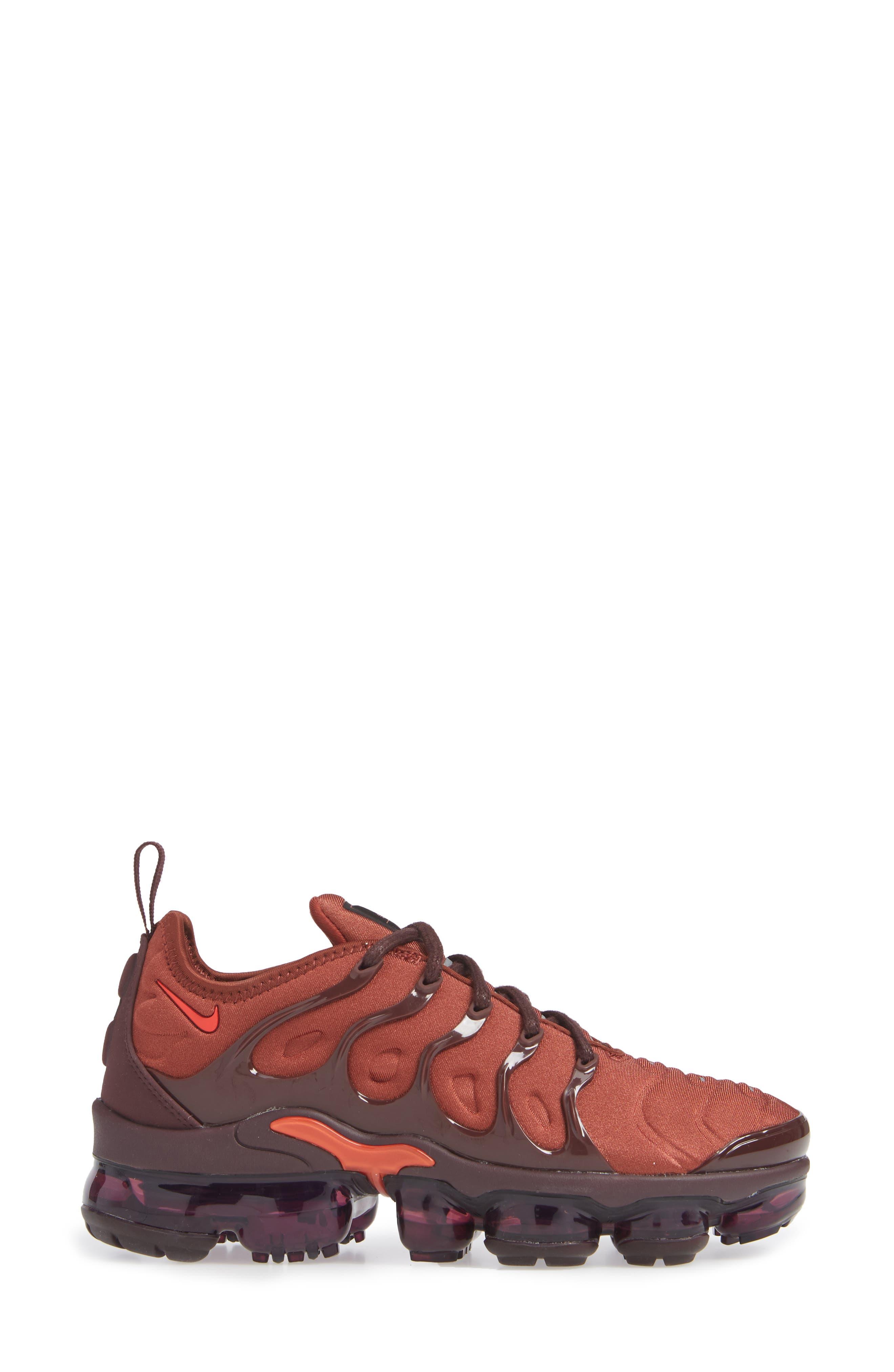 Air VaporMax Plus Sneaker,                             Alternate thumbnail 3, color,                             BURNT ORANGE/ RED-BURGUNDY