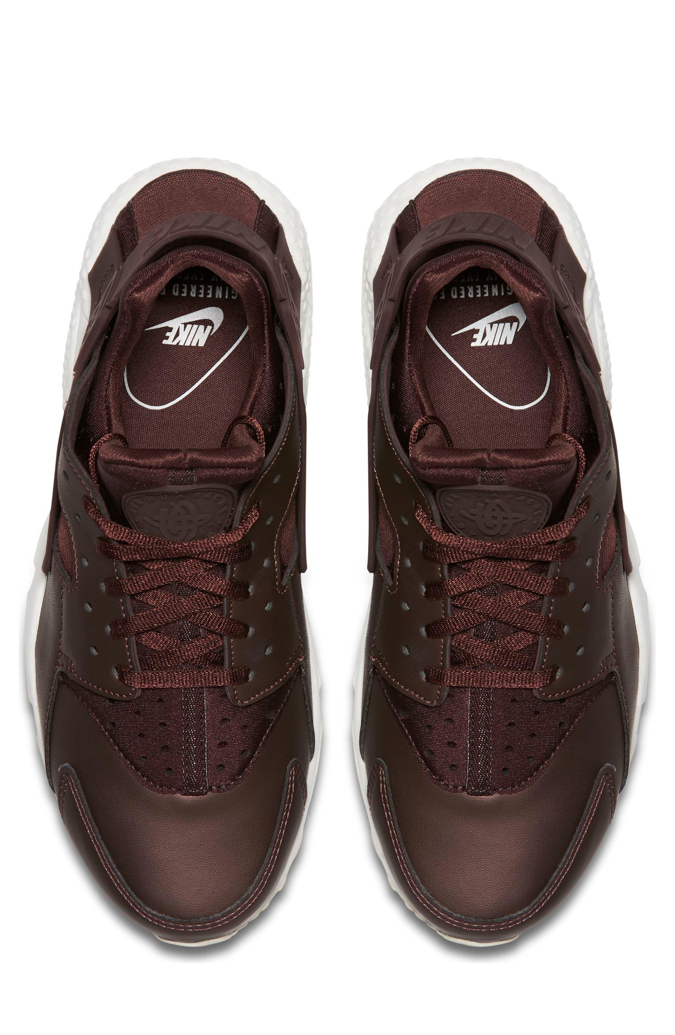 Air Huarache Run Premium Sneaker,                             Alternate thumbnail 10, color,