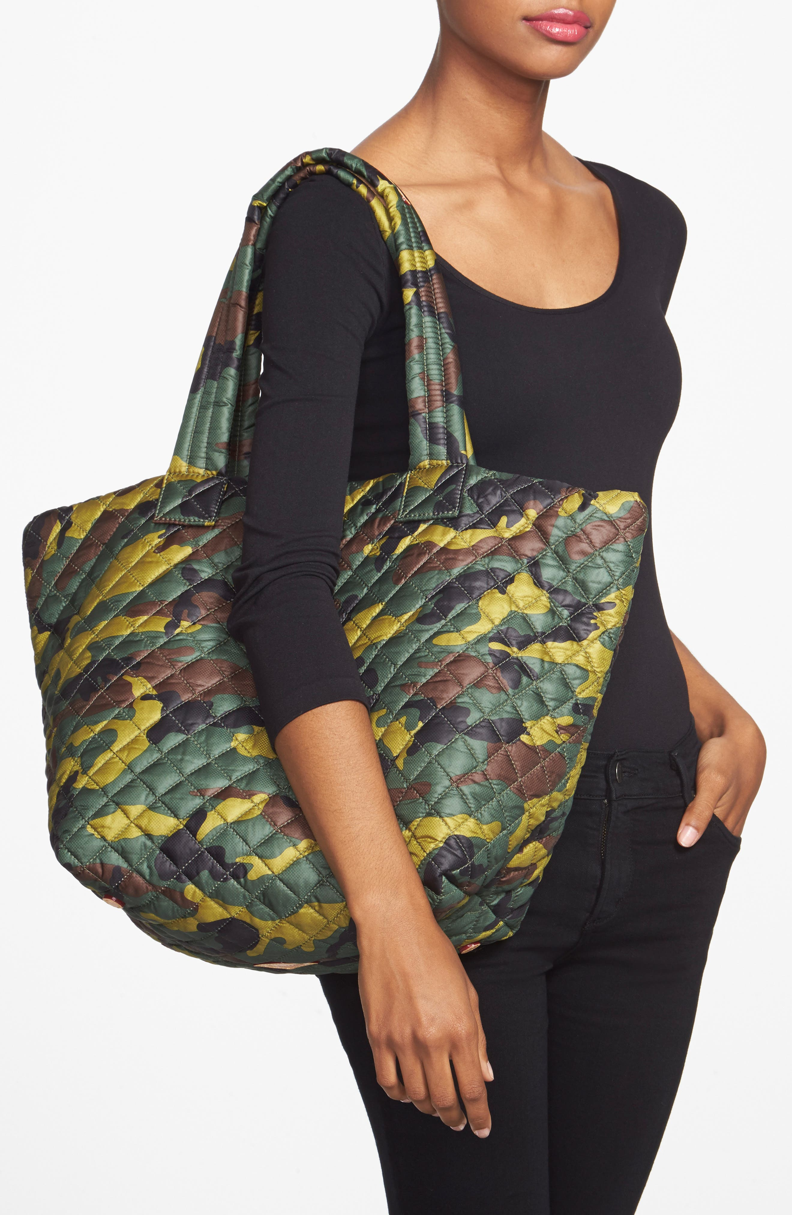 Medium Metro Tote,                             Alternate thumbnail 7, color,                             300