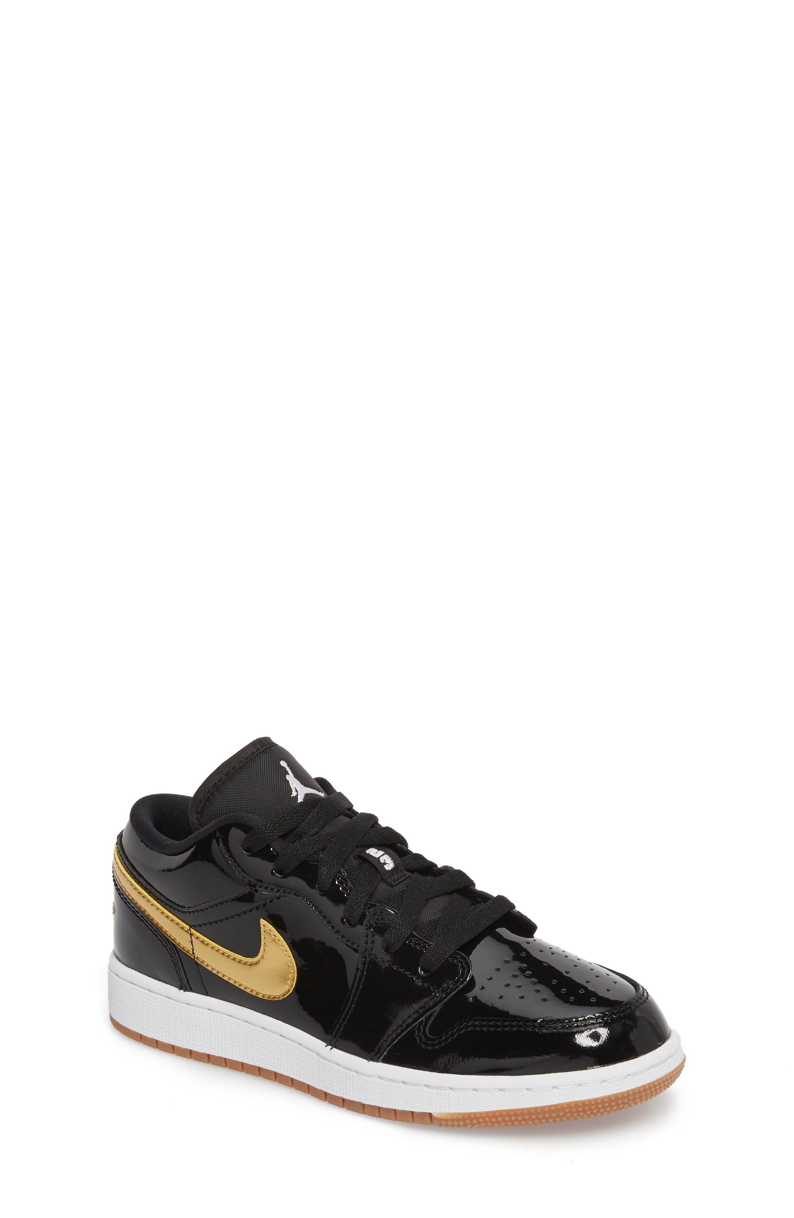 Nike 'Jordan 1 Low' Basketball Shoe,                             Main thumbnail 1, color,