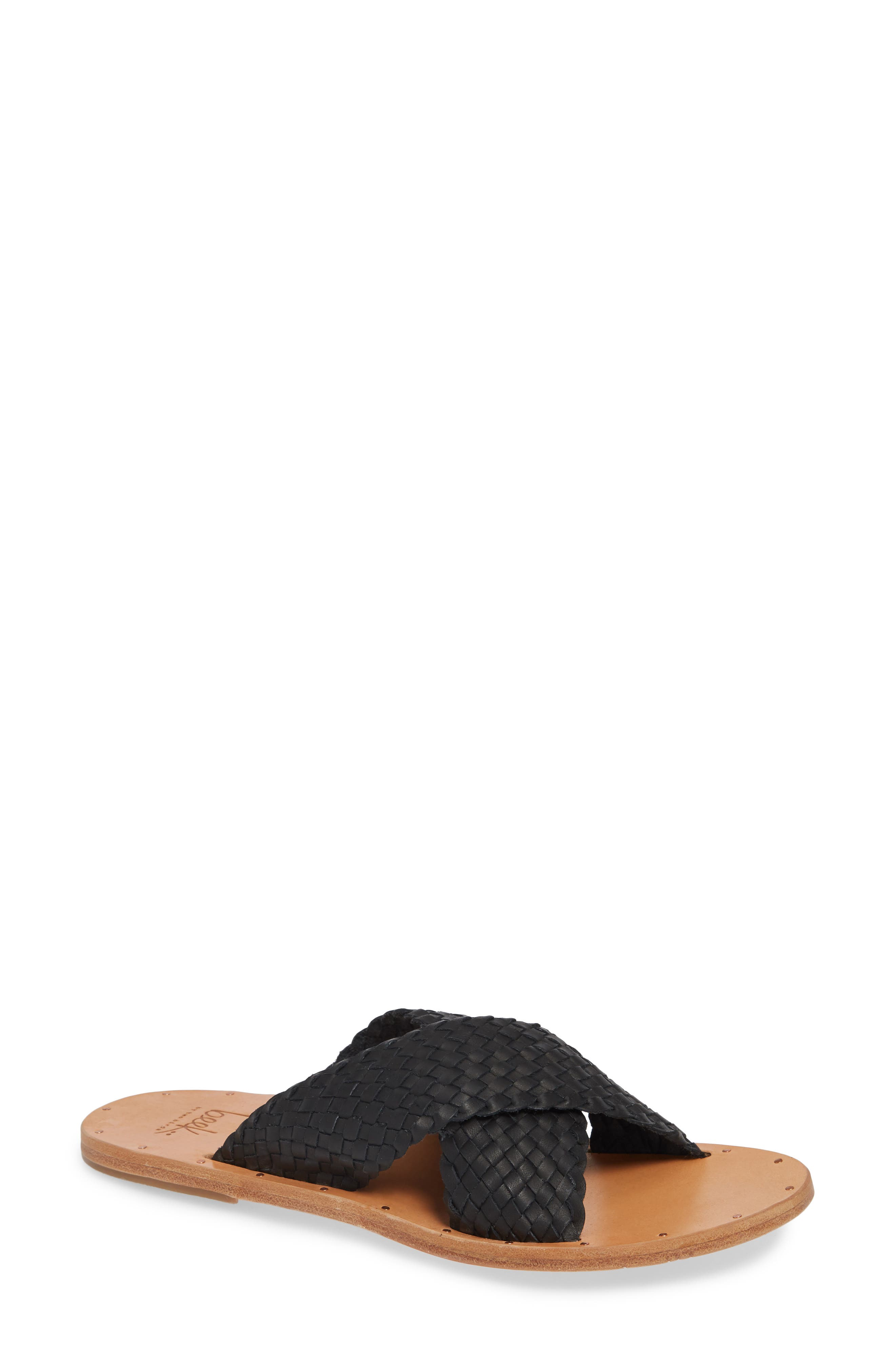 BEEK Plover Sandle in Black Natural