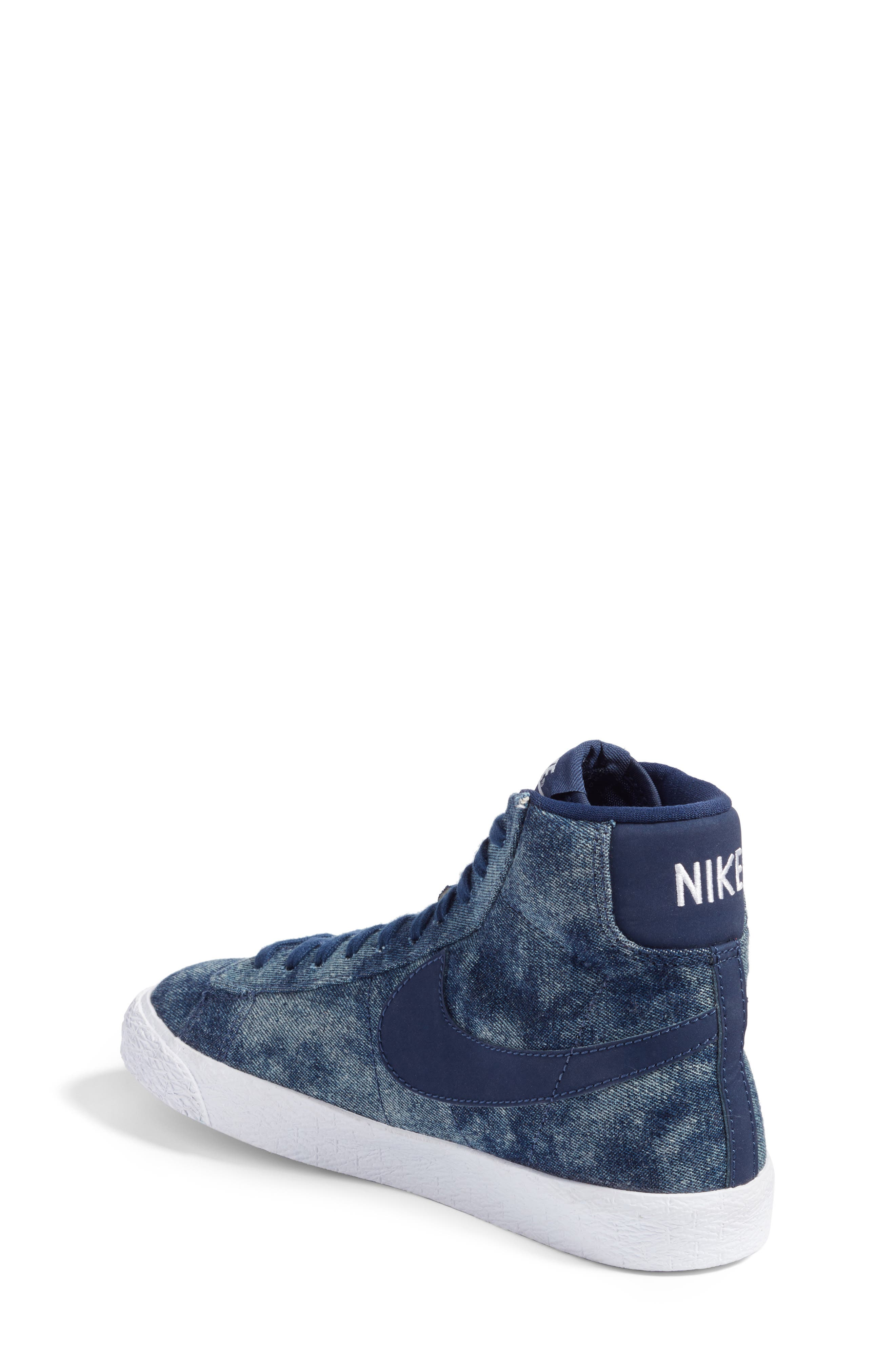 Blazer Mid SE High Top Sneaker,                             Alternate thumbnail 6, color,
