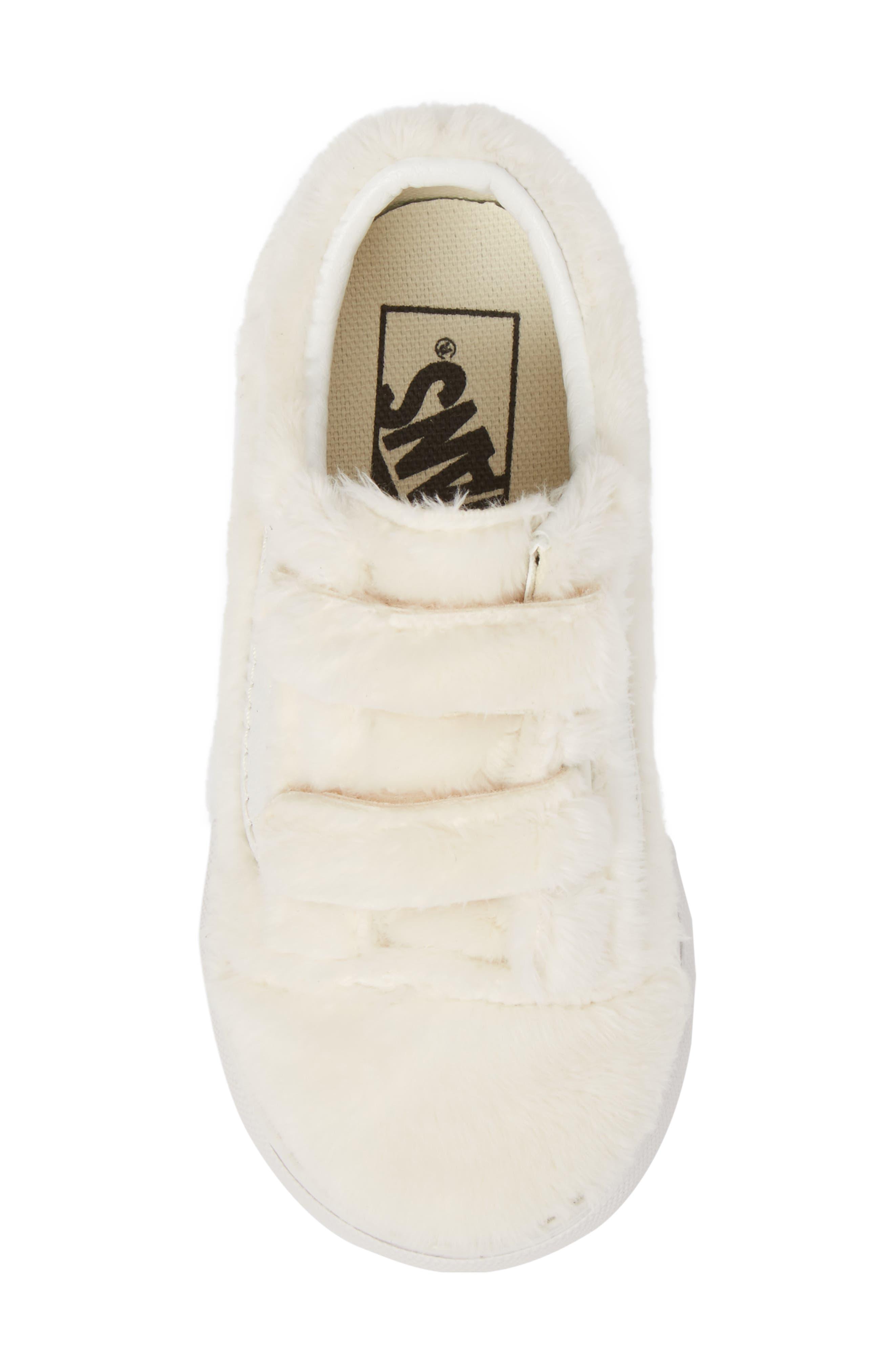 Old Skool V Faux Fur Sneaker,                             Alternate thumbnail 5, color,                             900