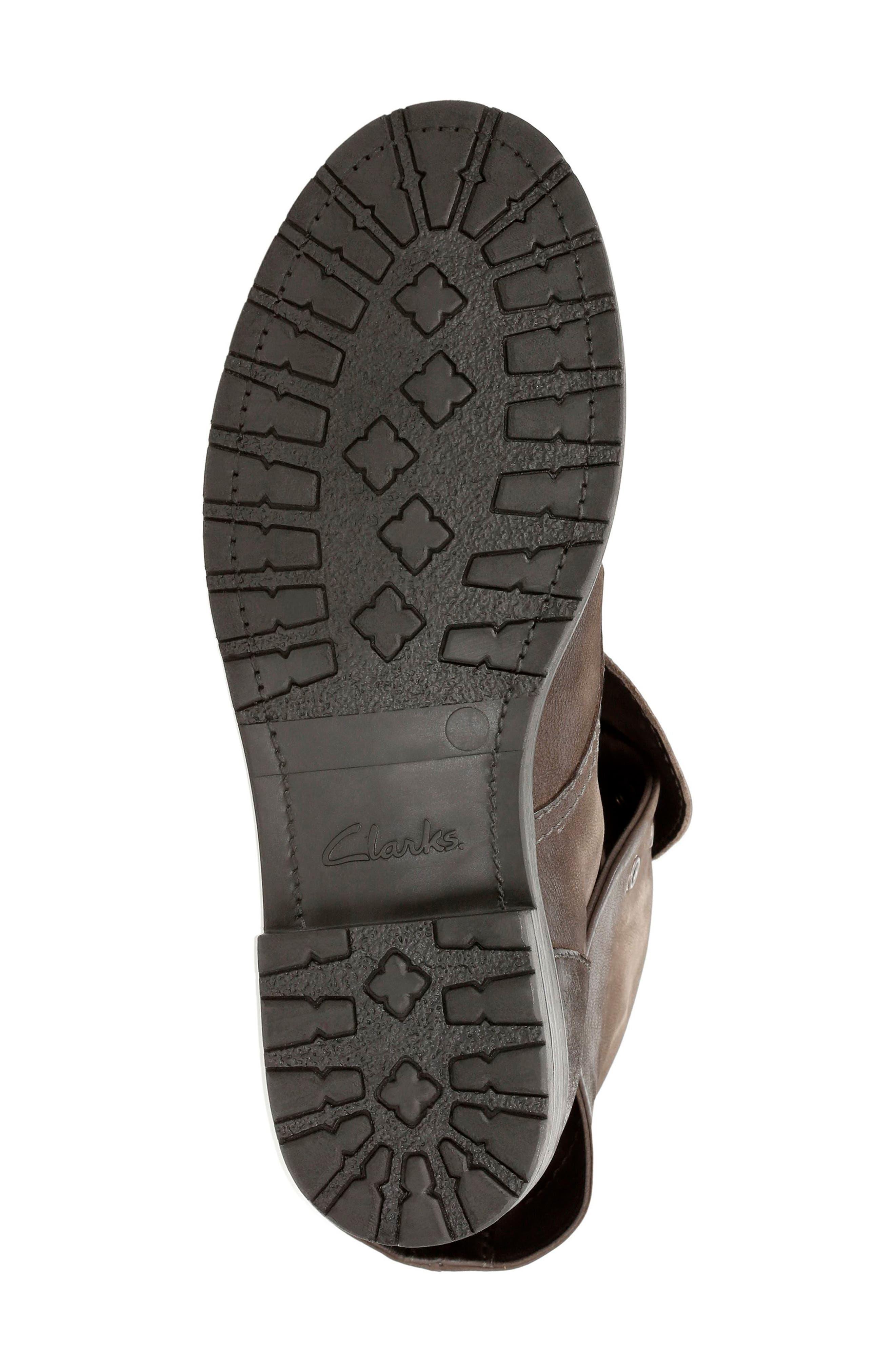 CLARKS<SUP>®</SUP>,                             Minoa River Boot,                             Alternate thumbnail 4, color,                             250