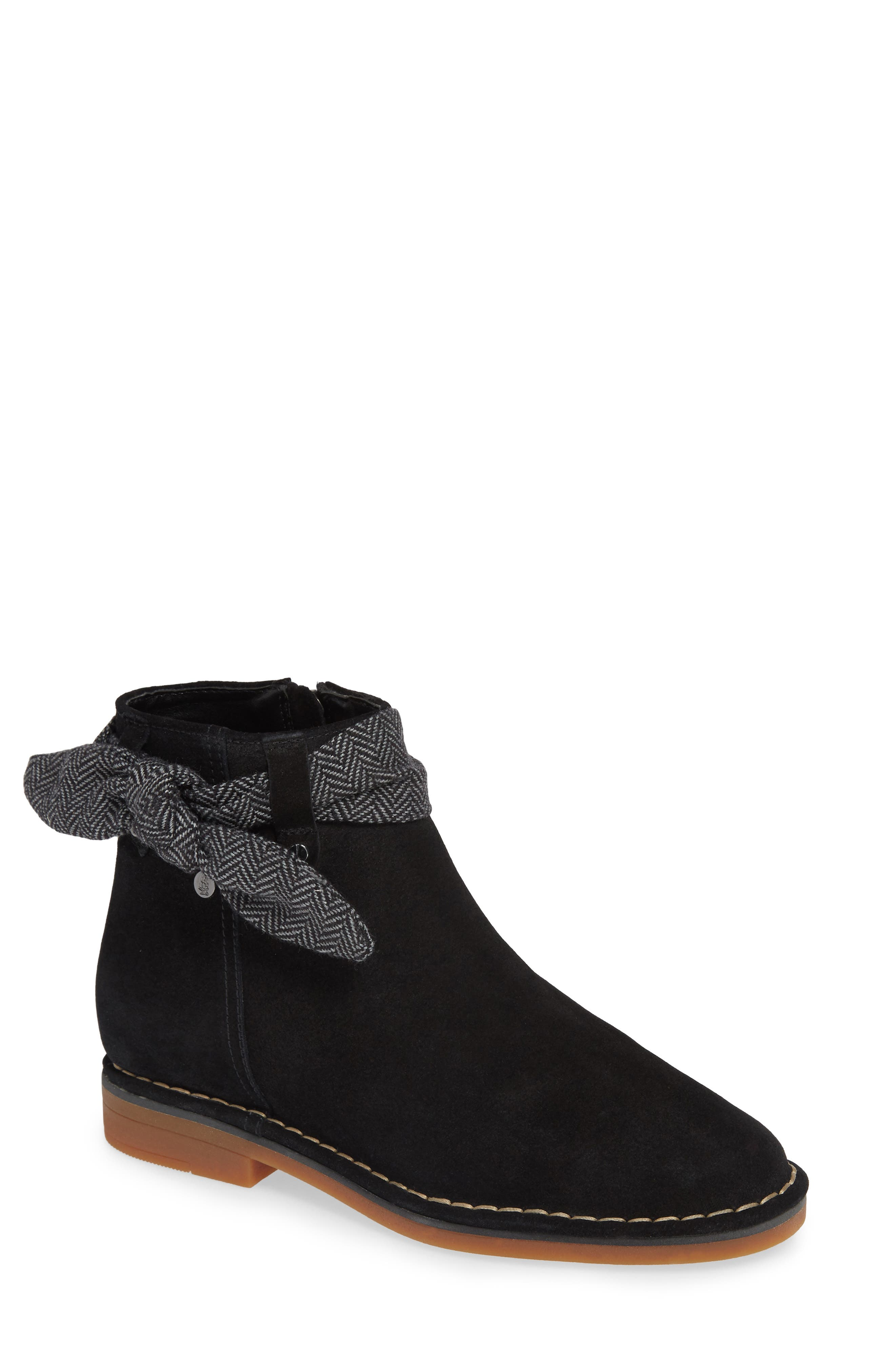 Hush Puppies Catelyn Bow Bootie, Black