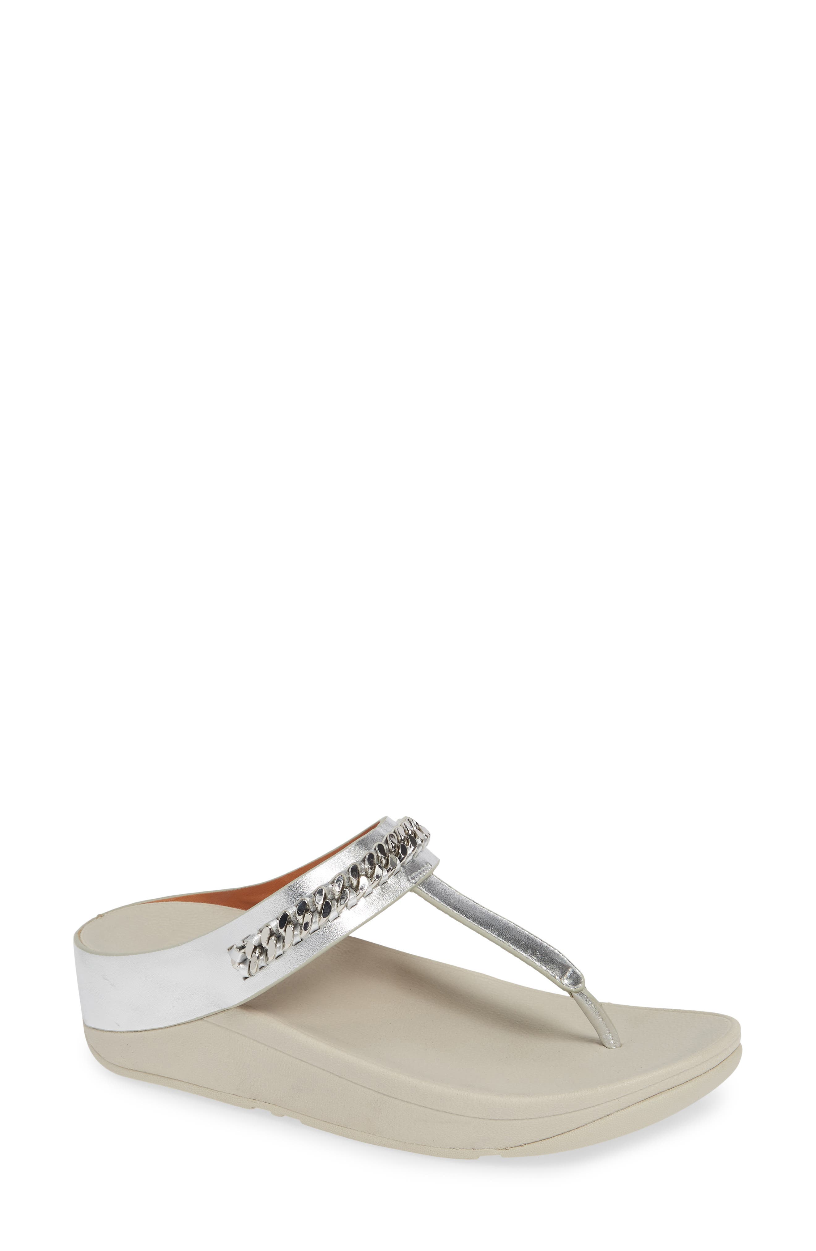 FITFLOP Fino Flip Flop in Silver Leather