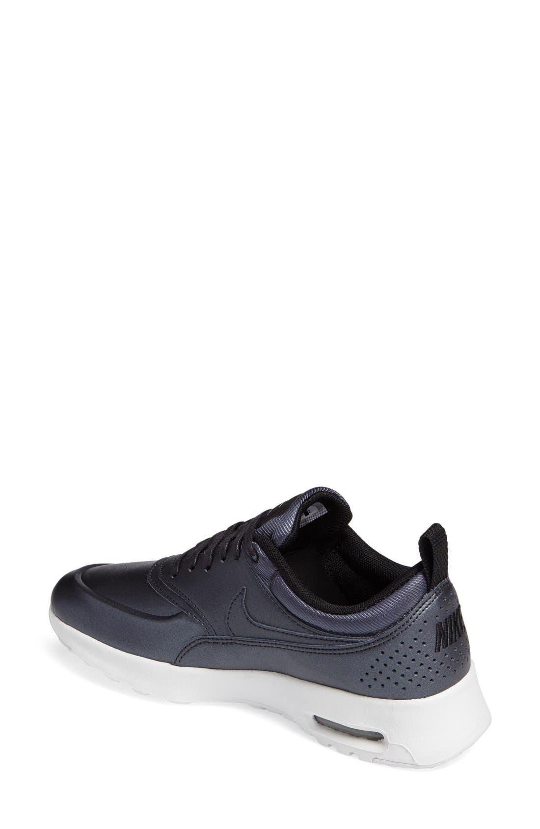 Air Max Thea SE Sneaker,                             Alternate thumbnail 4, color,                             002