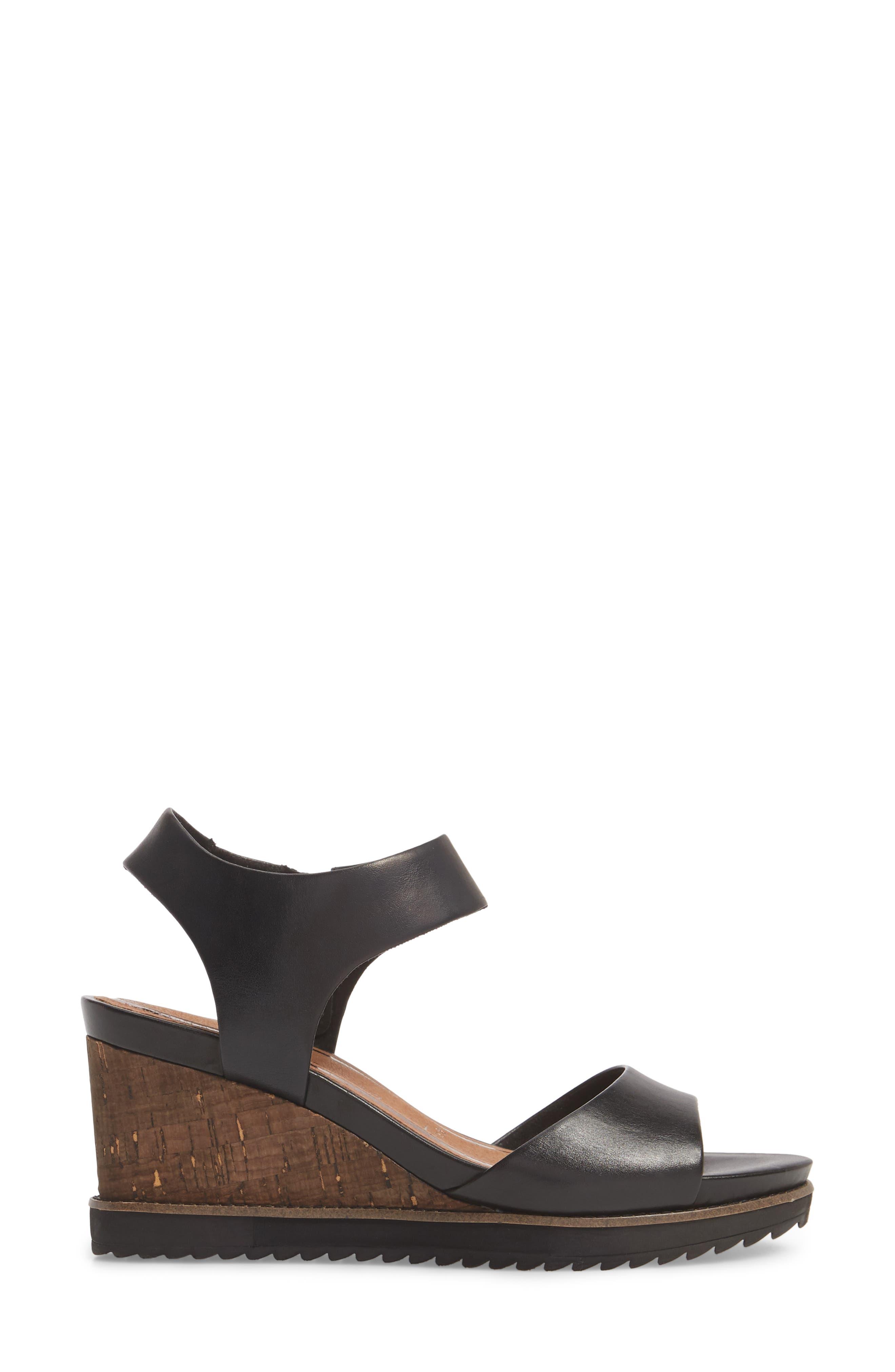 'Alis' Lug Sole Wedge Sandal,                             Alternate thumbnail 3, color,                             003